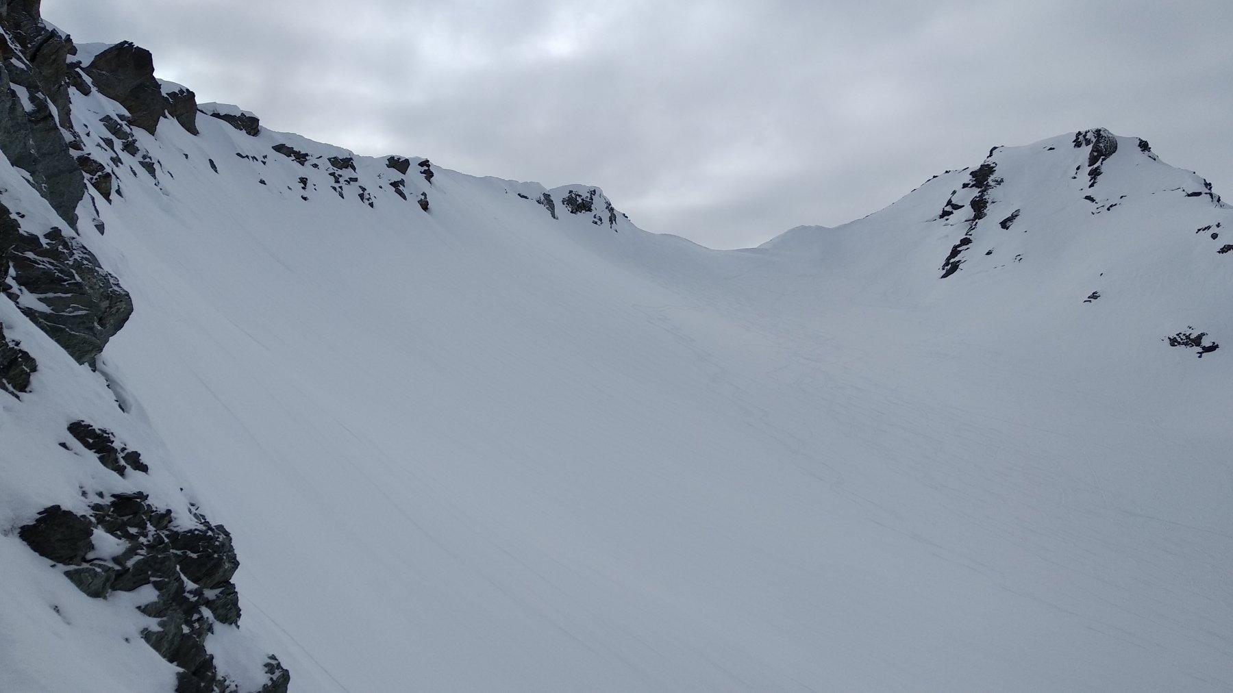 breve pendio ripido per collegarsi al classico itinerario che sale alla cima