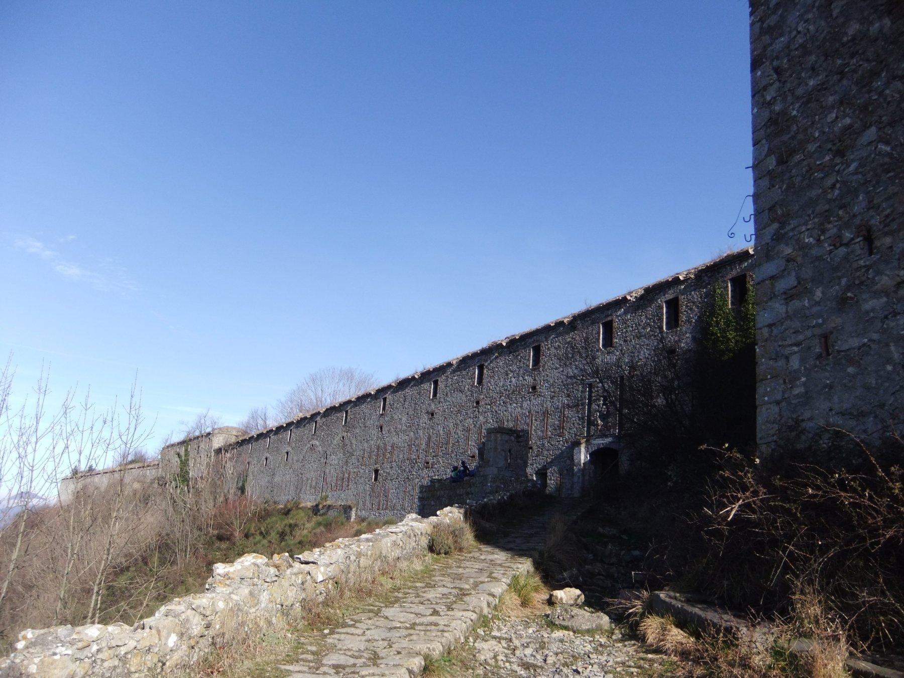 Ratti (Monte) da Genova Struppa, anello Forte Ratti 2020-01-26