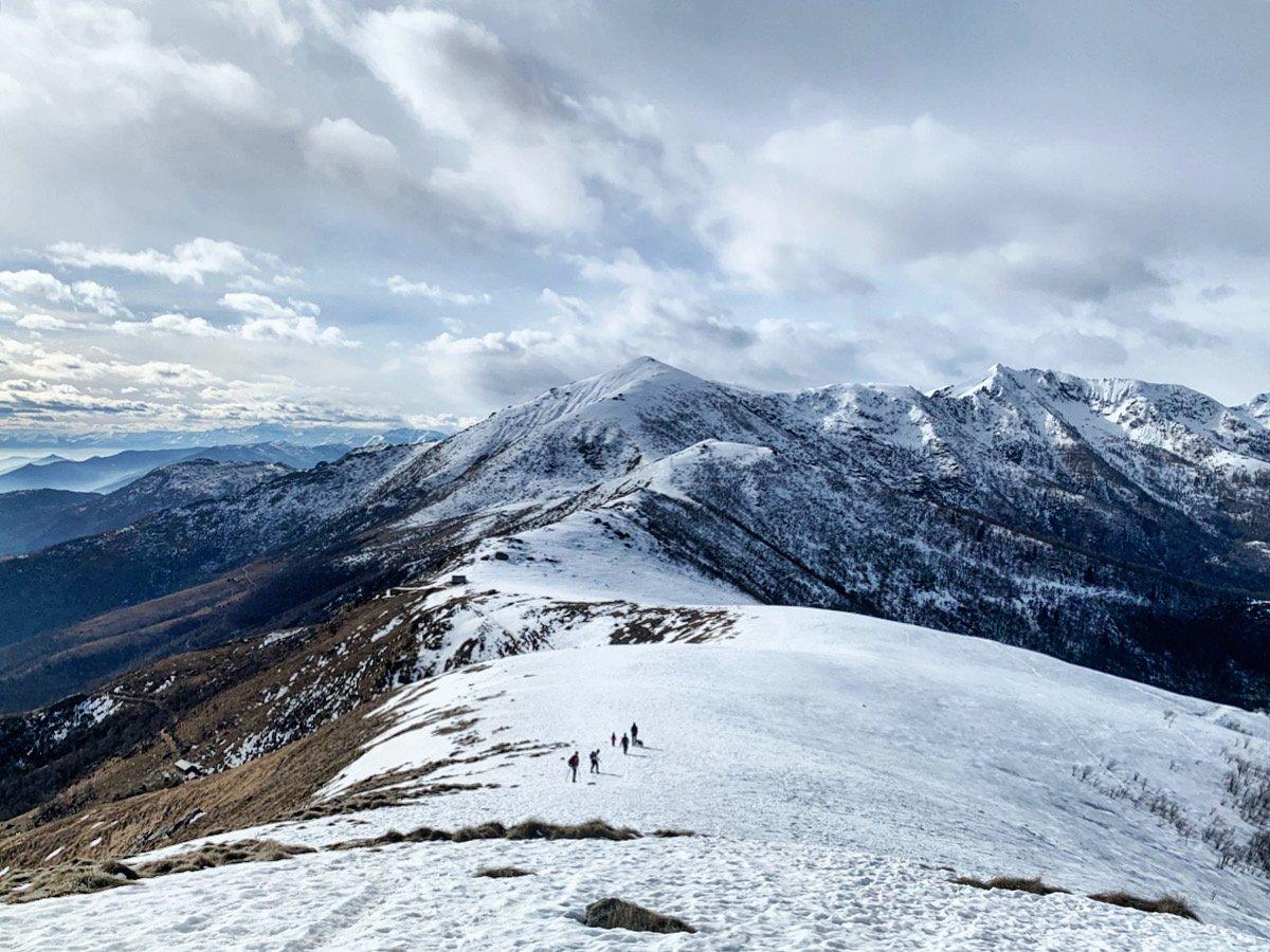 In cima guardando il Monte Soglio