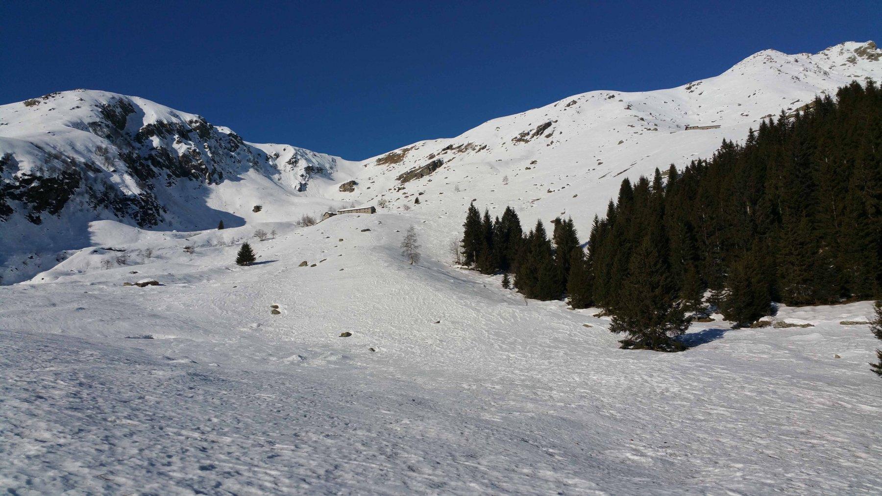 Alpe Oregge - il colletto - Alpe Testona e il Casotto