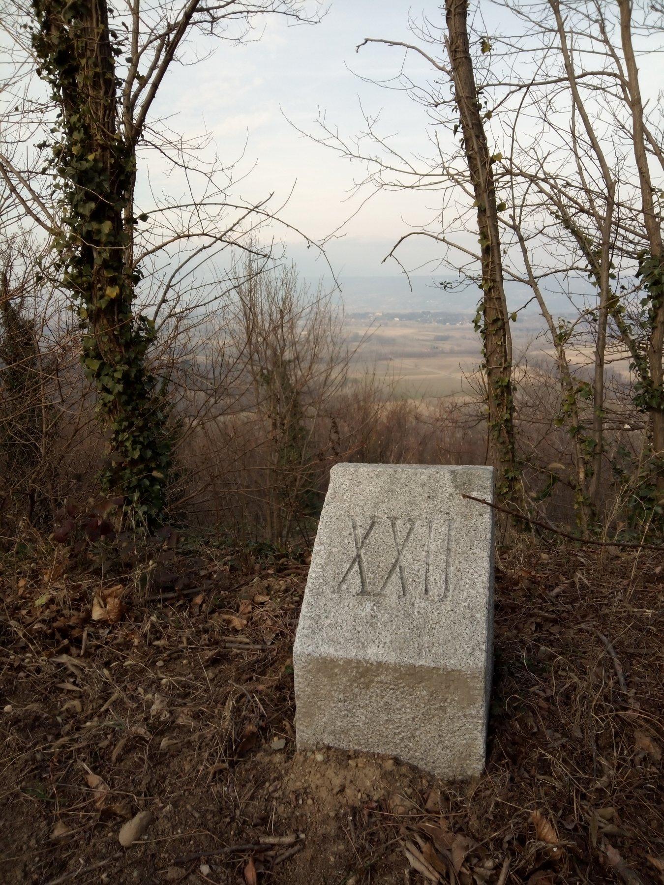 la pietra che indica l'ultimo giro