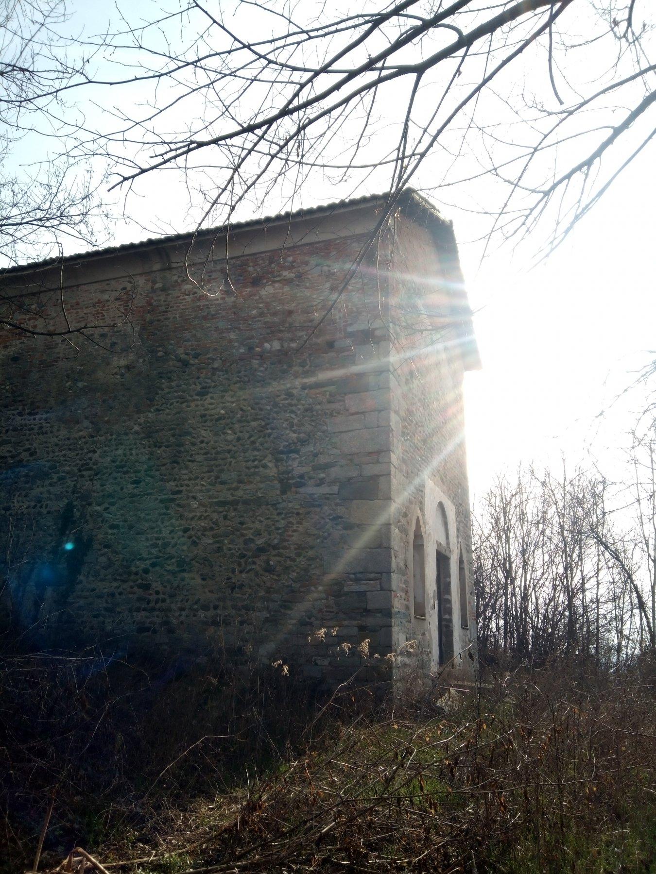 chiesetta incontrata sulla strada dei 22 giri