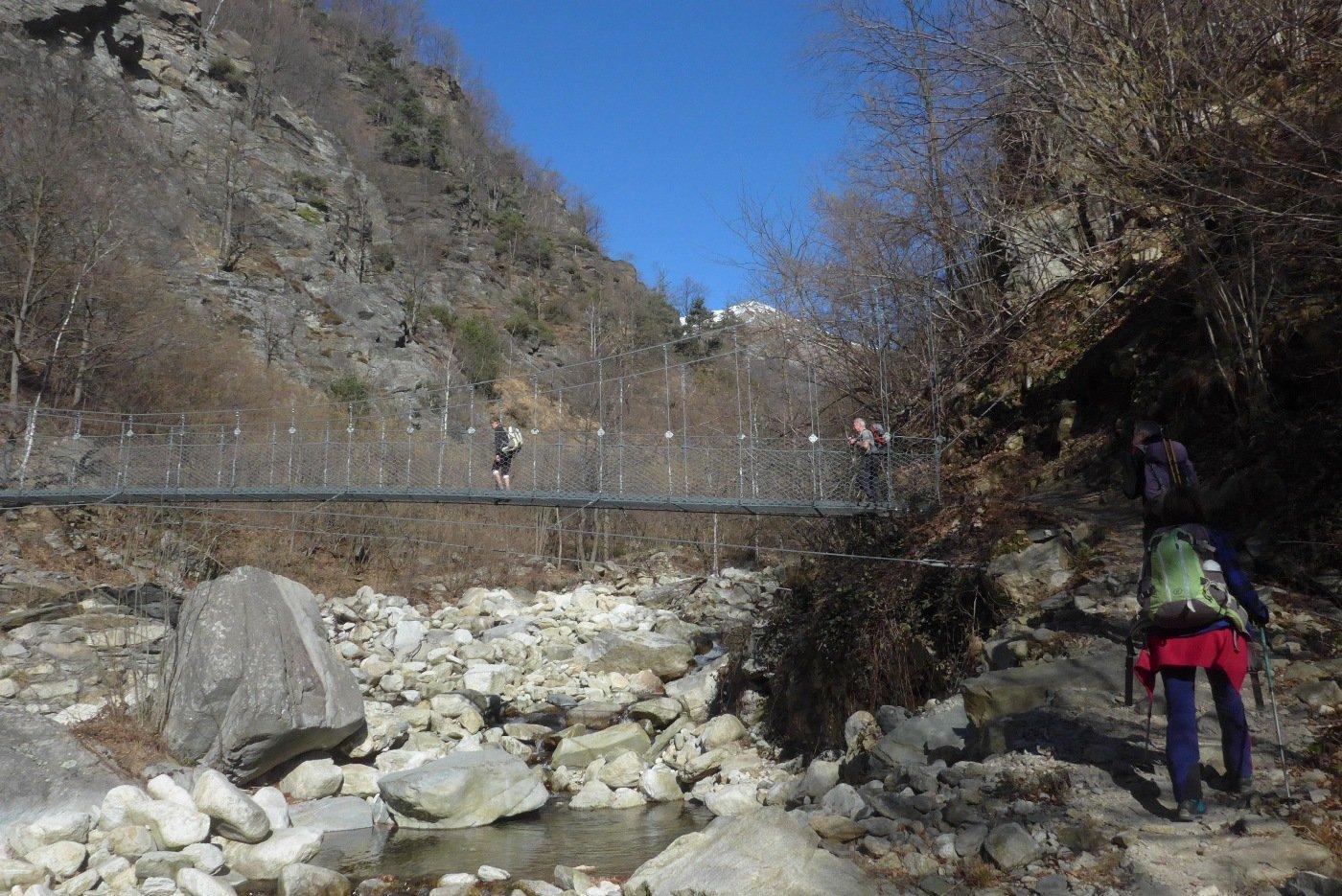 Sul ponte della Lusera