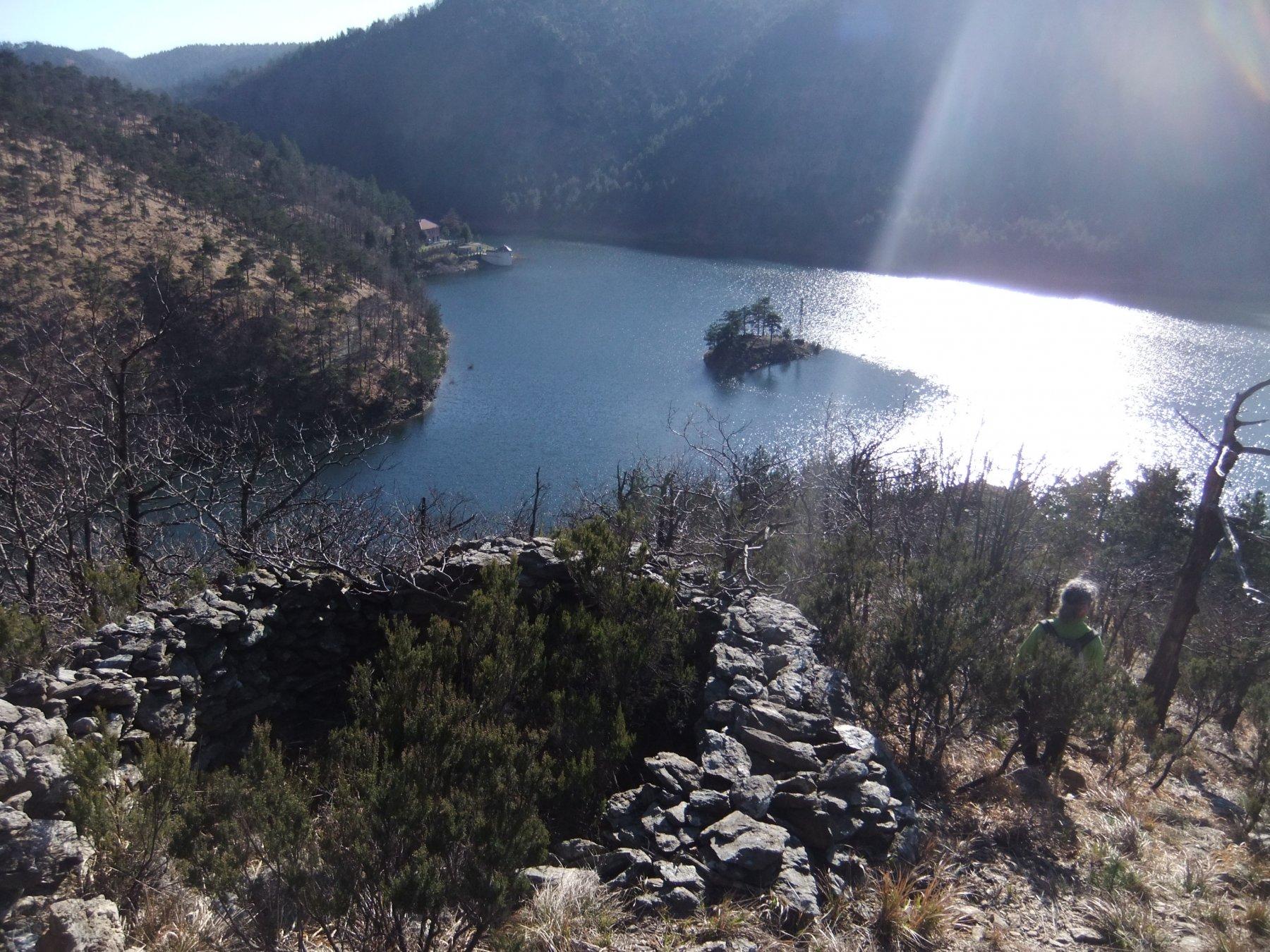 Scendendo verso il Lago Bruno