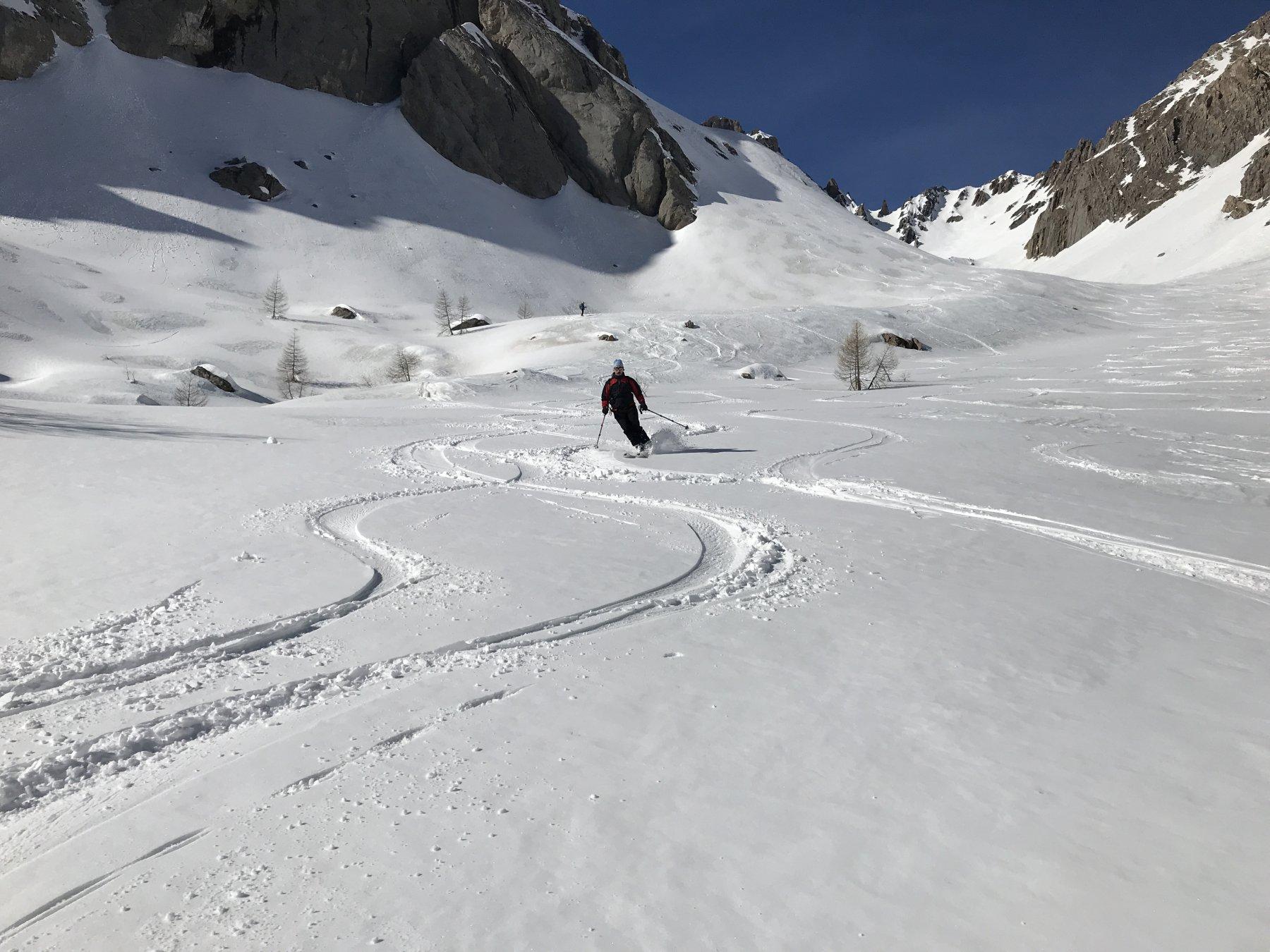 la parte alta con la neve fresca il15...