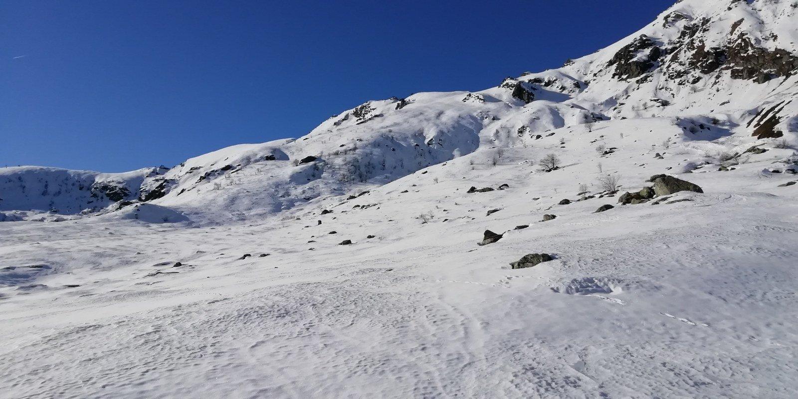 Innevamento appena sopra l'alpe Bianca