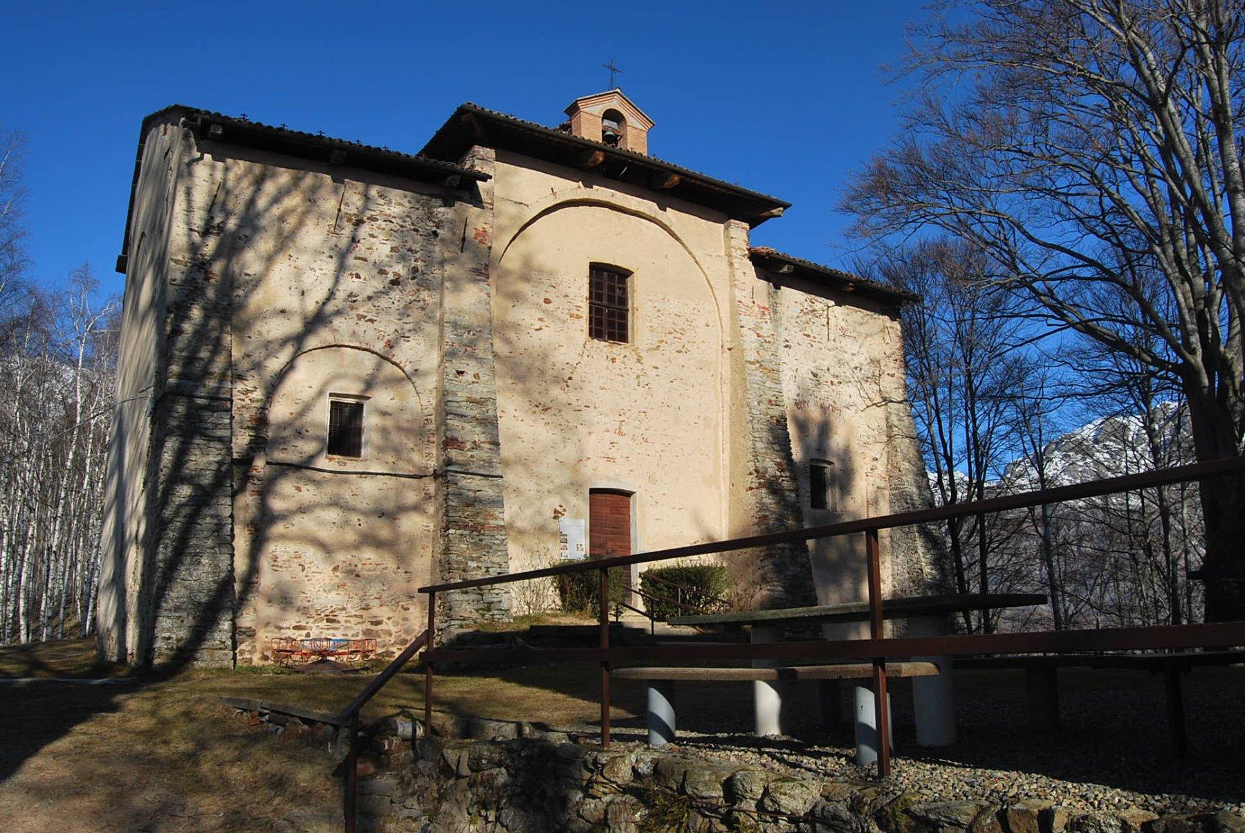 Chiesa di S. Carlo al colle omonimo