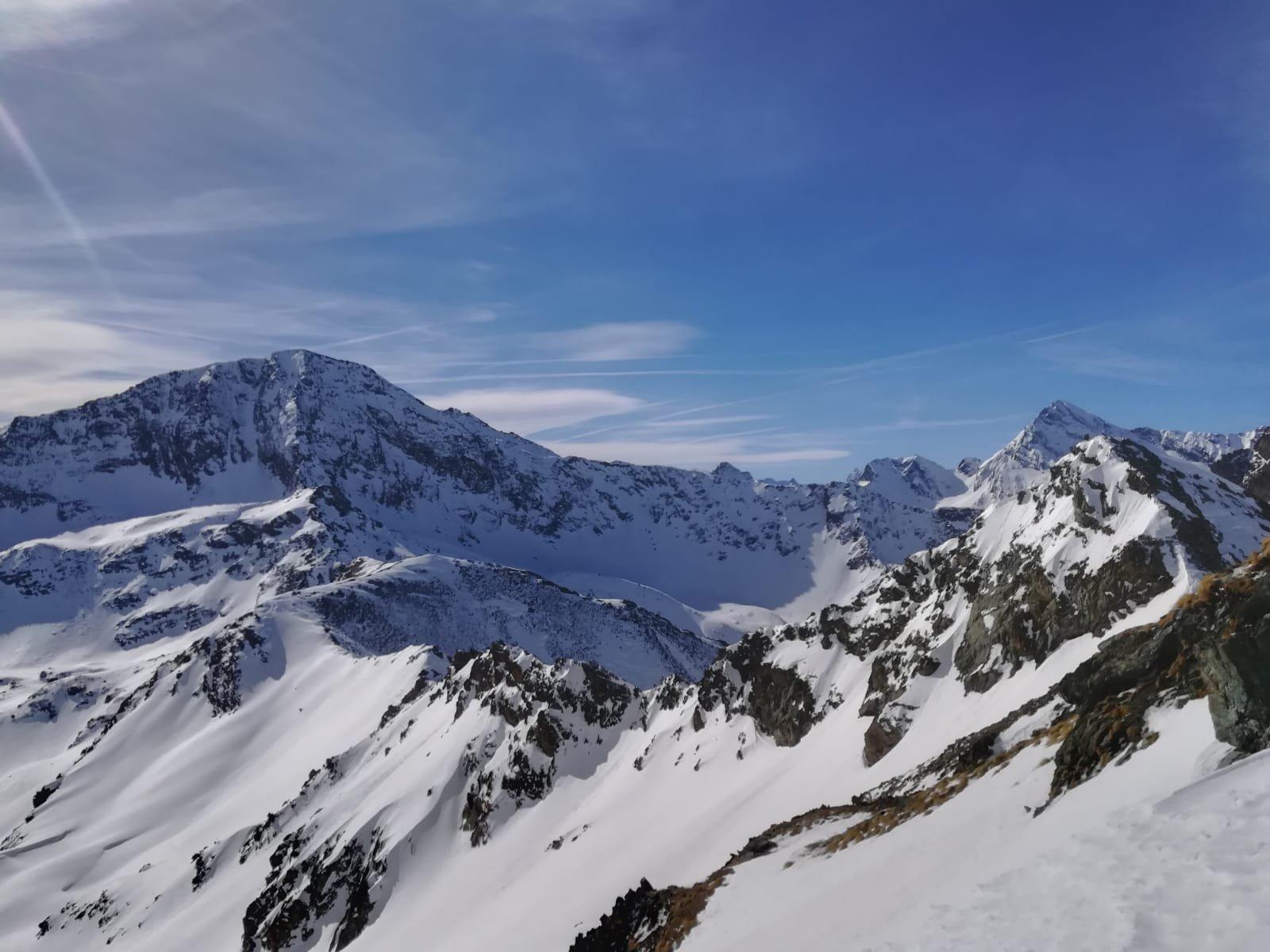 Il Glacier magro, subito a dx il Delà sembra meglio