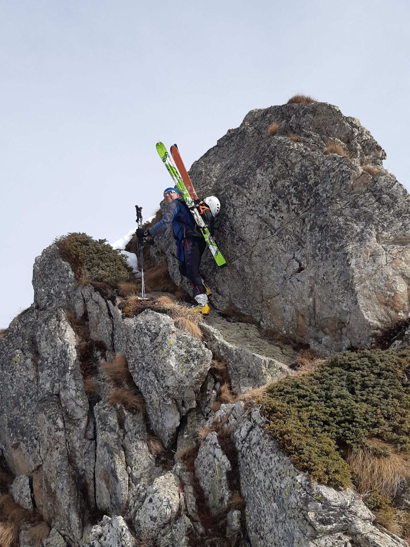 passaggio sulla cresta (evitabile)