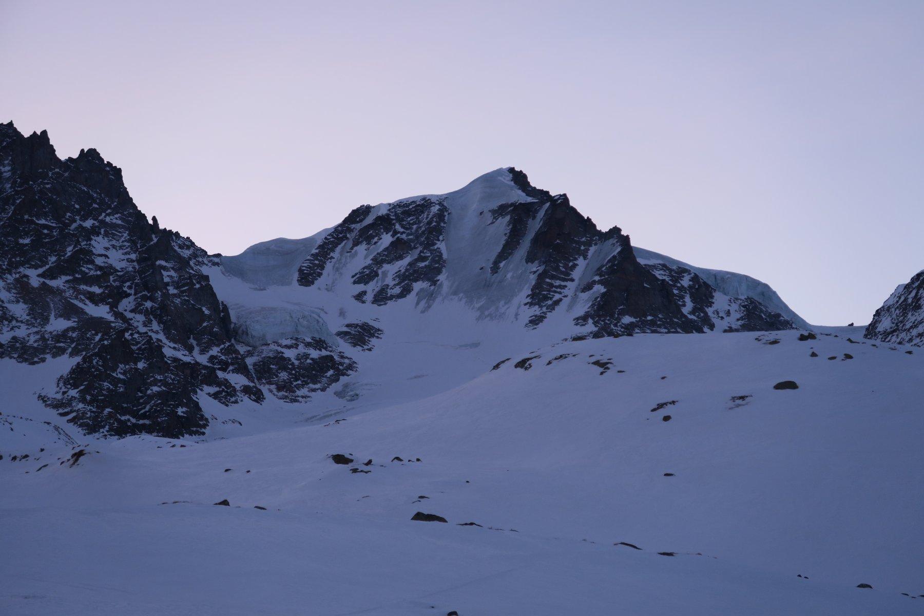 la Nord del Gran Paradiso tutta ghiacciata