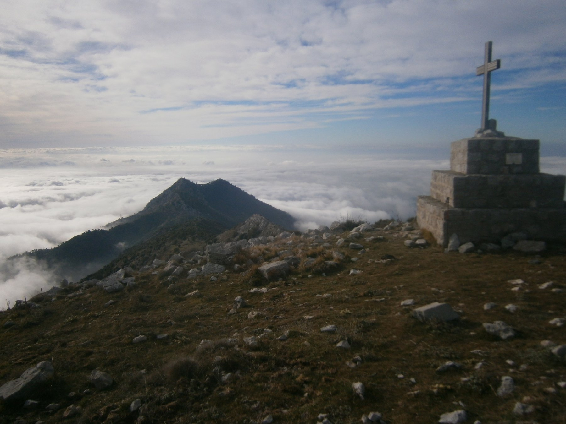 vetta francese con cima Longoira e Roc d'Ormea