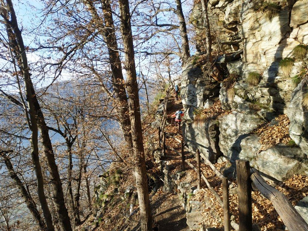 Prima parte avvicinamento. Ambiente molto panoramico sulla valle.
