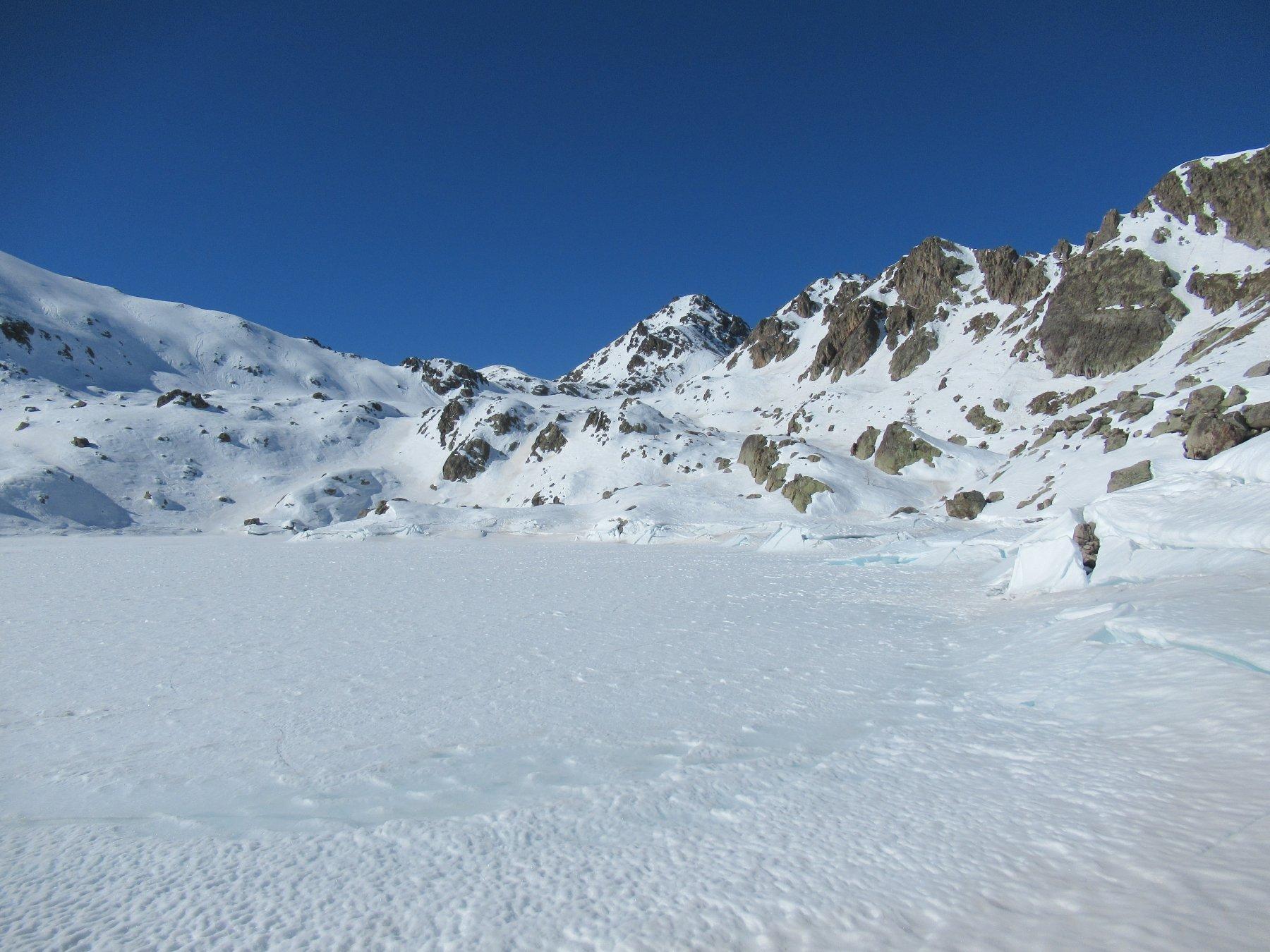 Vallone di salita e cima dal Lac de la Muta.