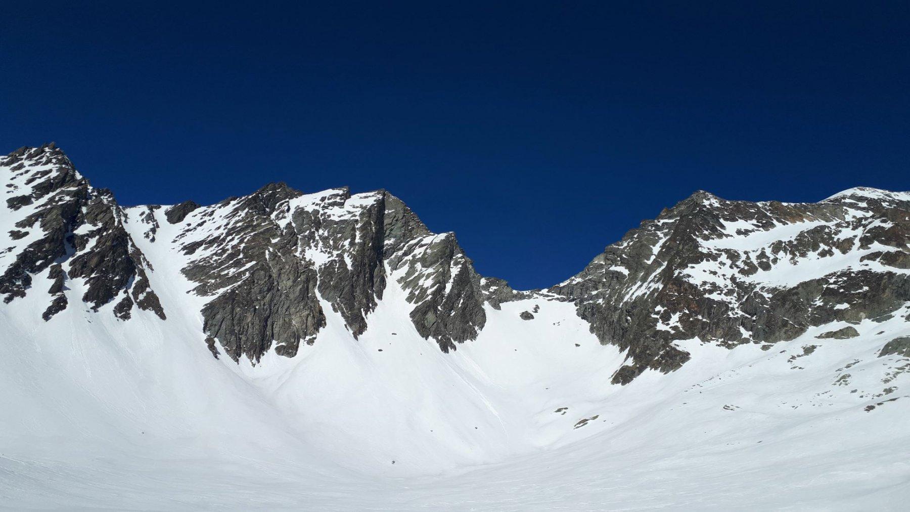 dalla comba Vertsan: a sinistra il colle Nord della Sabbla, a destra il col Berlon