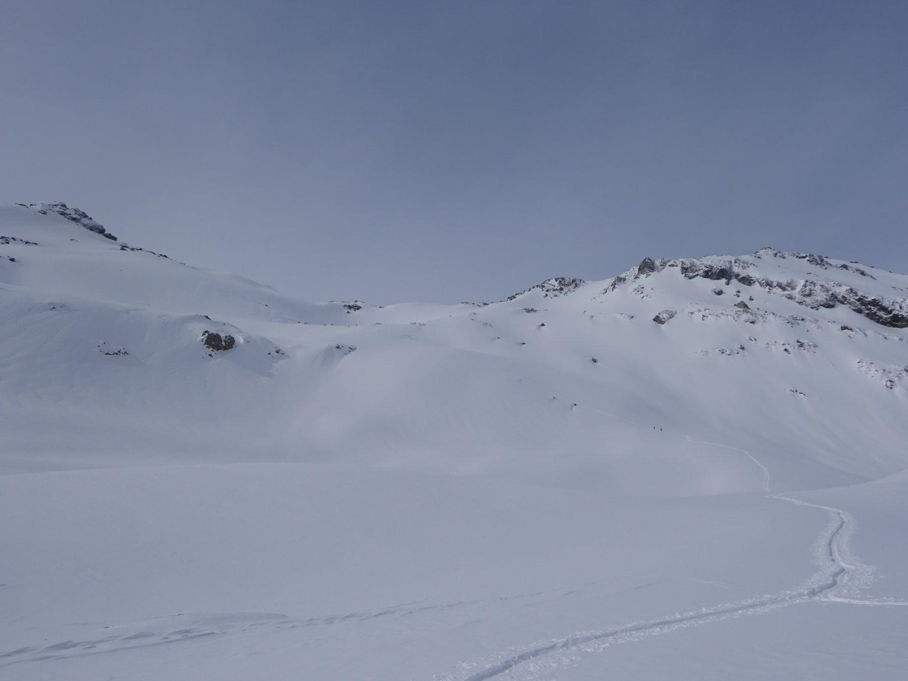 Pianoro quota 2.400 m e pendii superiori