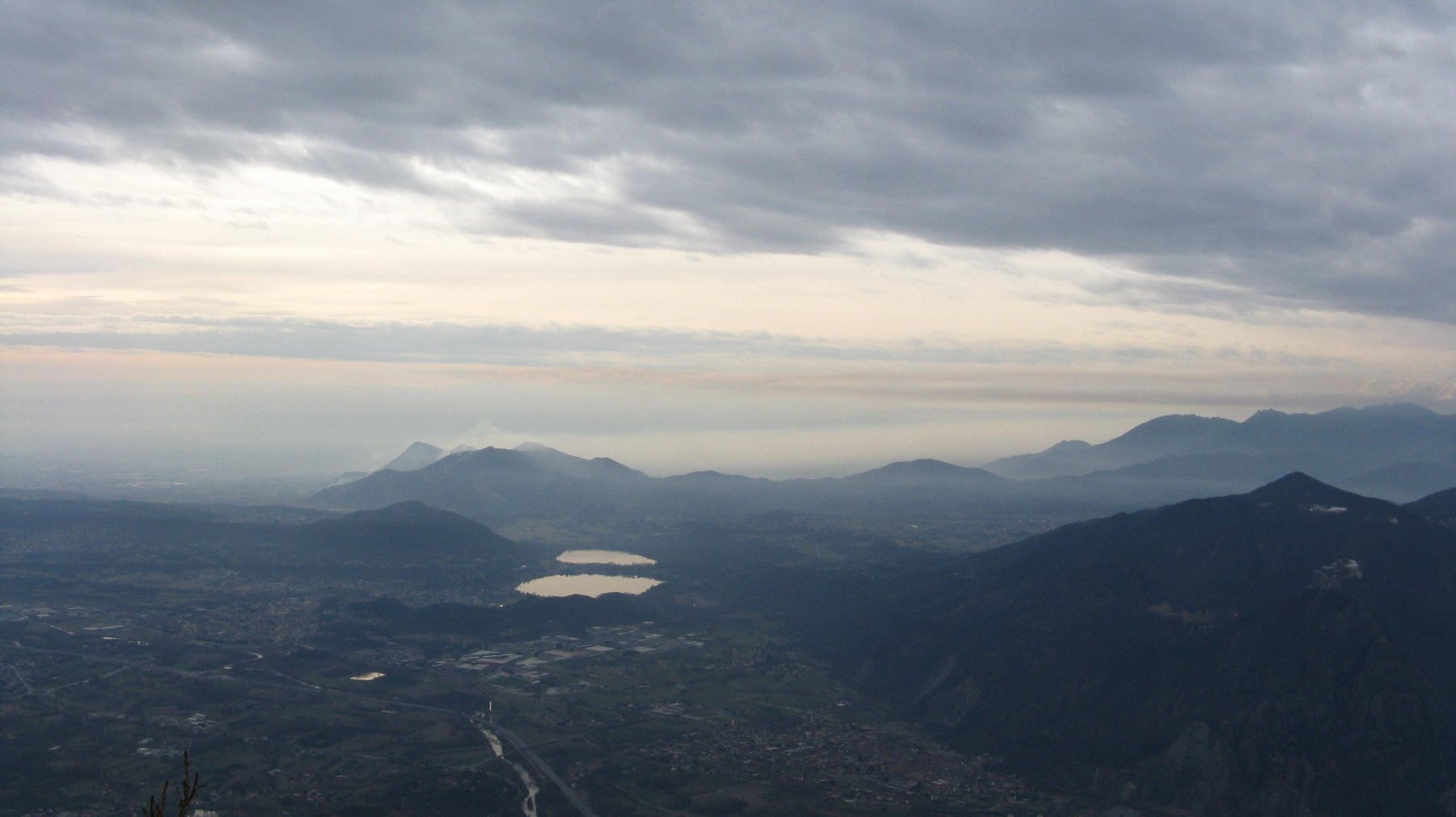 panorama verso i laghi di Avigliana