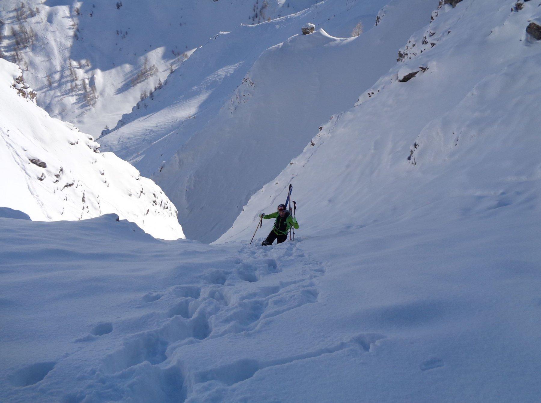 Sopra al tratto corto della Z le pendenze aumentano... insieme alla neve