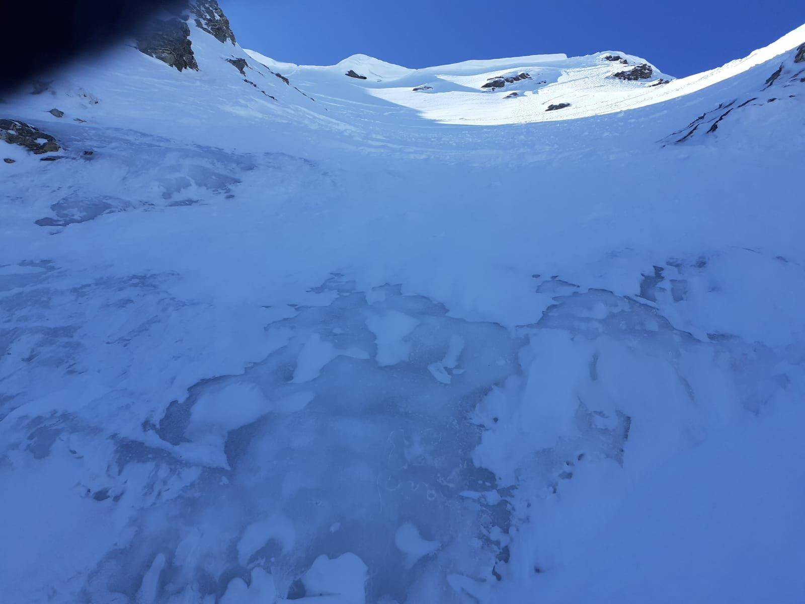 ghiaccio visibile e facilmente aggirabile