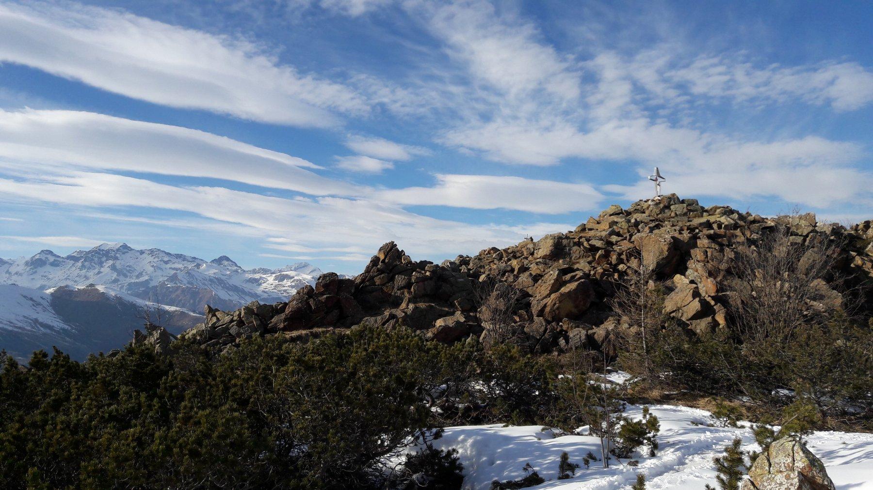 Le croci di vetta del monte Arpone