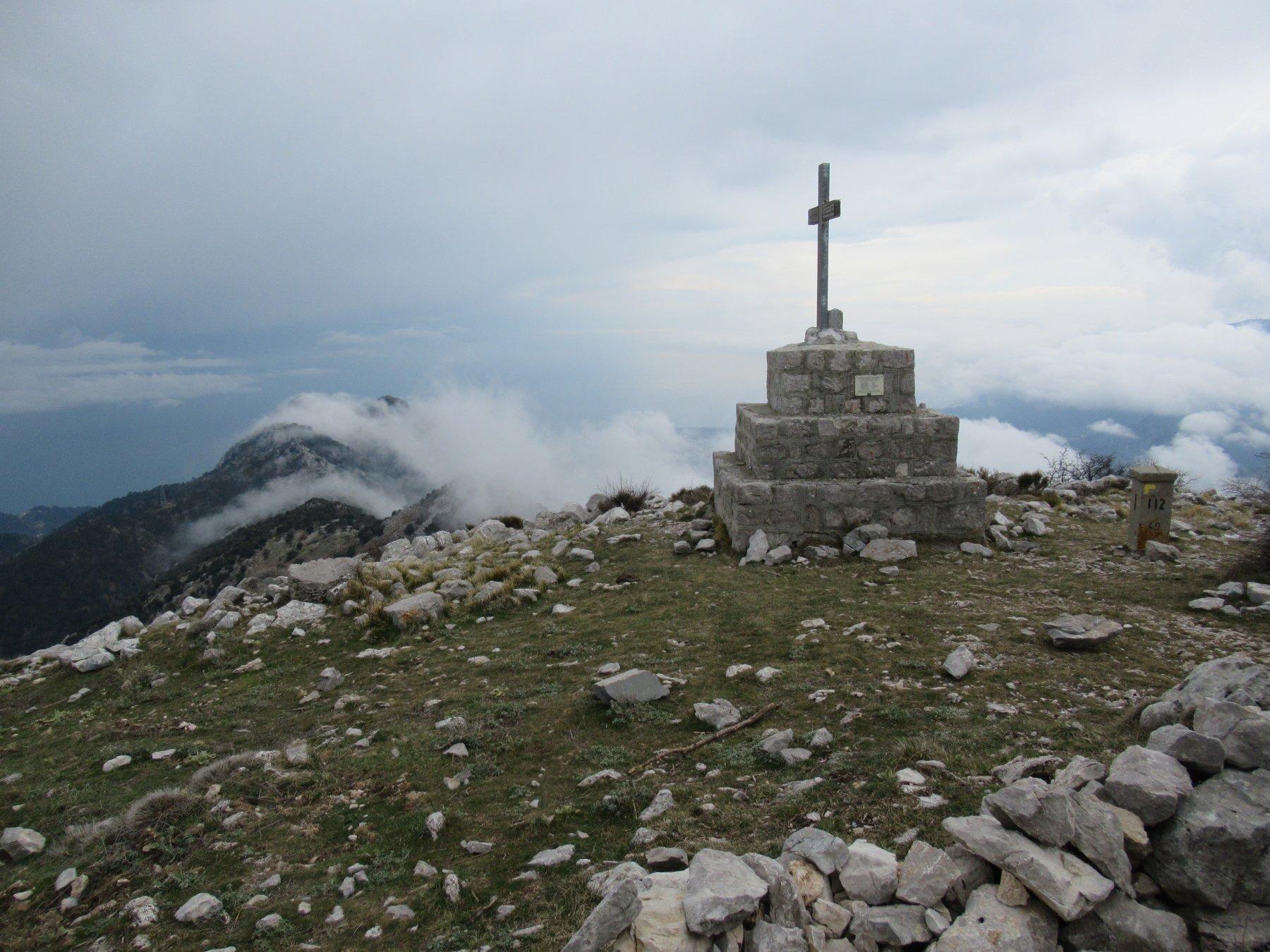 Monte Grammondo (m.1379).