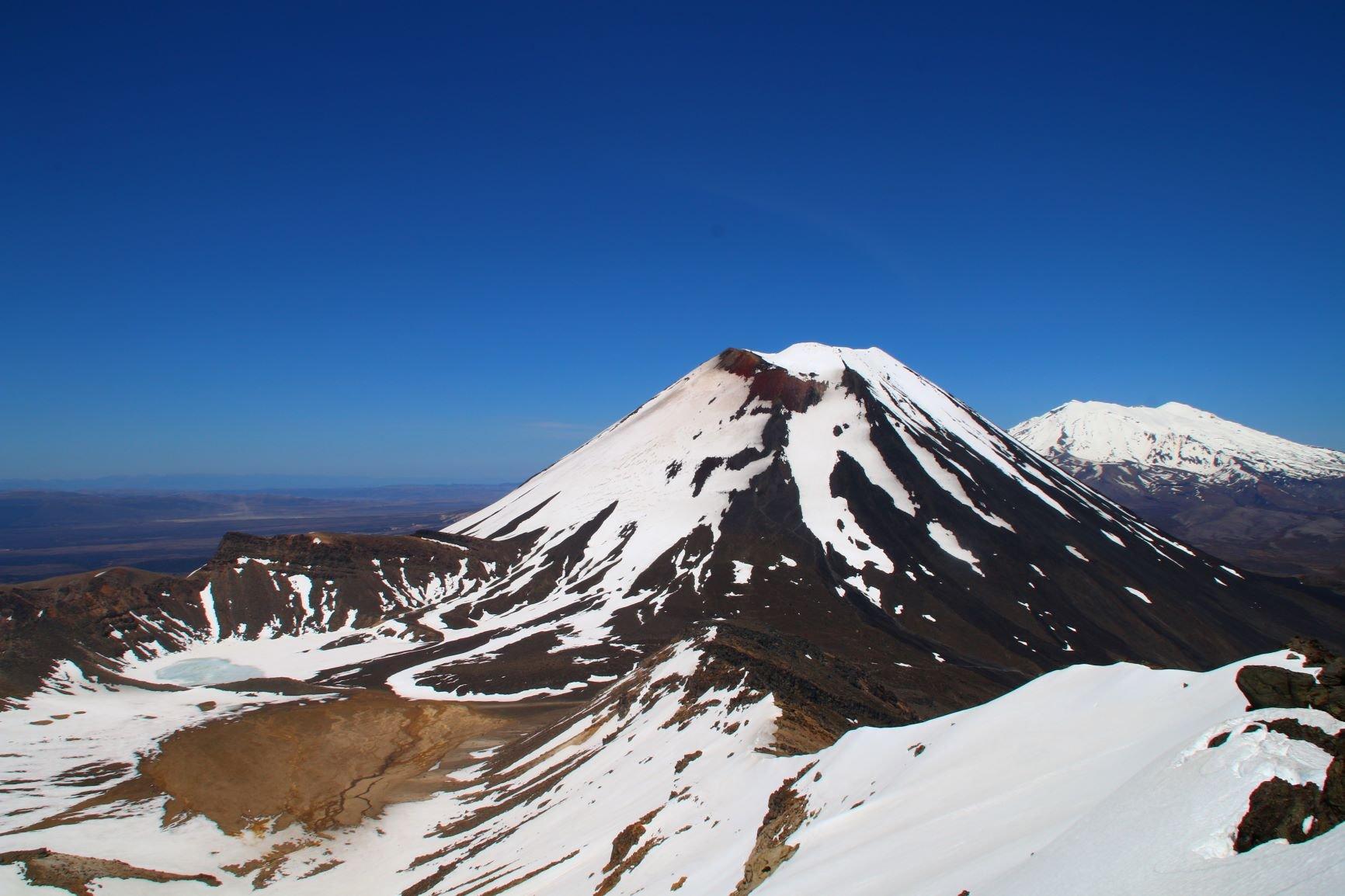 Ngauruhoe (Mount) da Mangatepopo Road per il versante ovest 2020-04-22