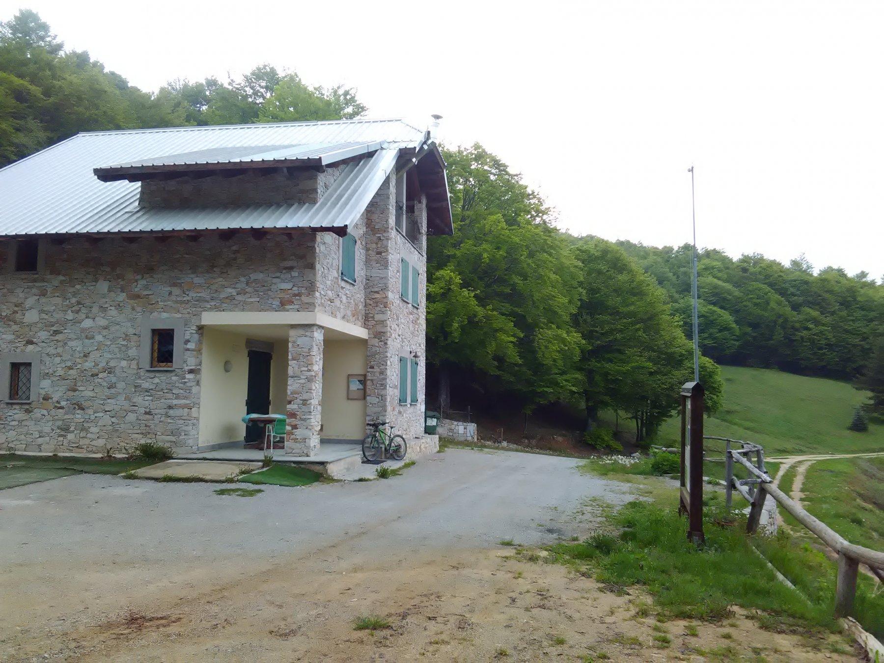 Rifugio ANA al Colle Navonera
