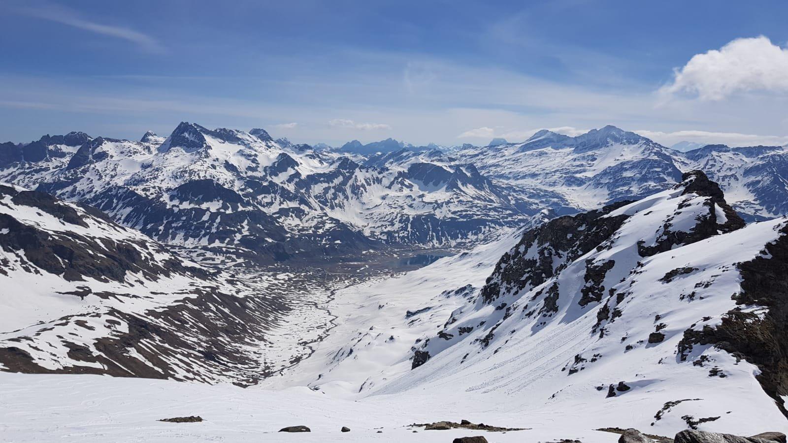 Val Loga (Cima Centrale di) da Montespluga 2020-05-08