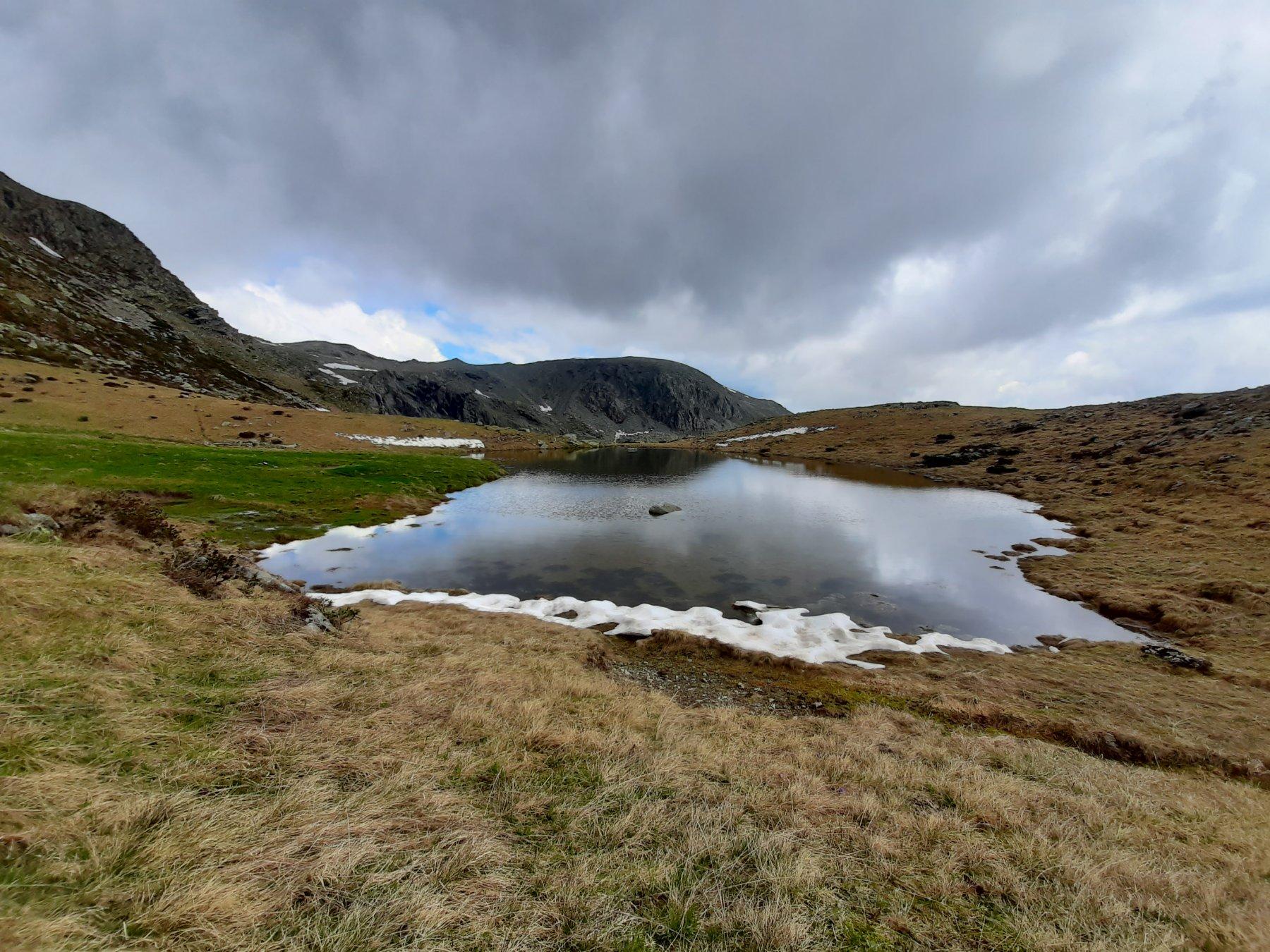 Lago Veilet e Monte Ciriunda