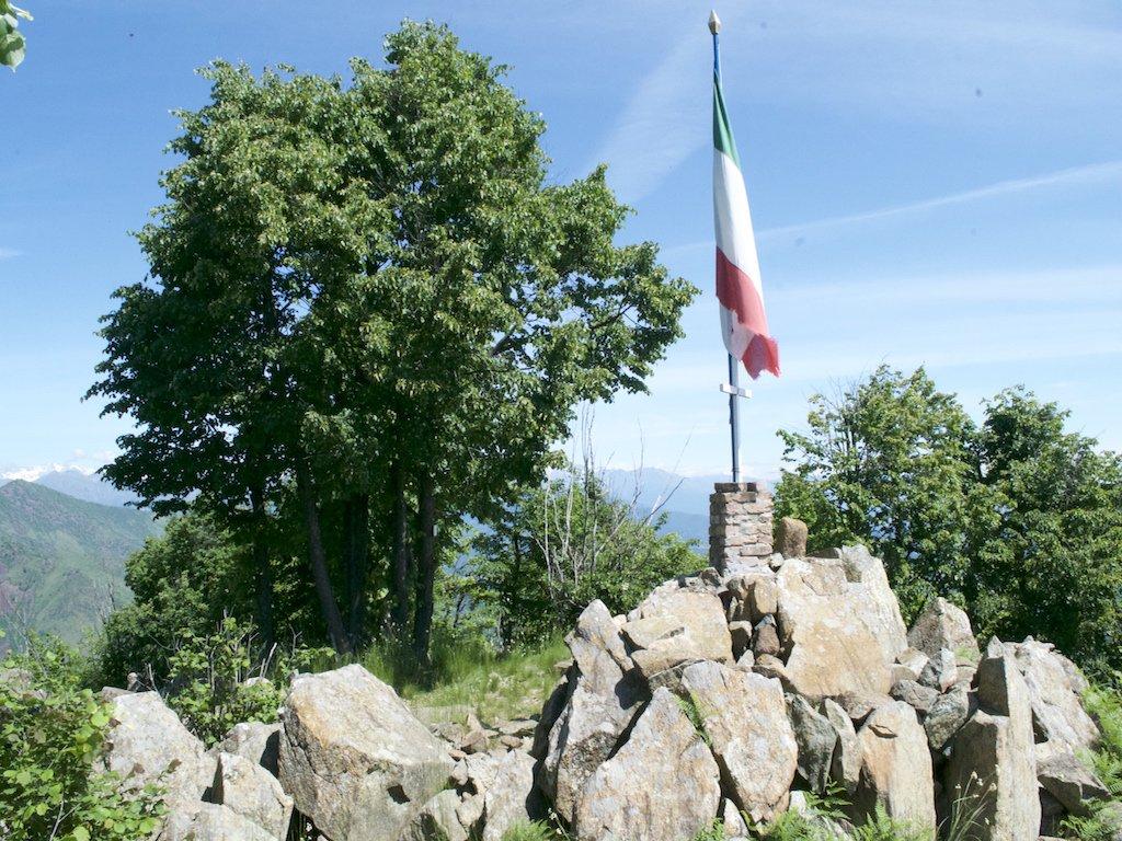 La cima con il Tricolore