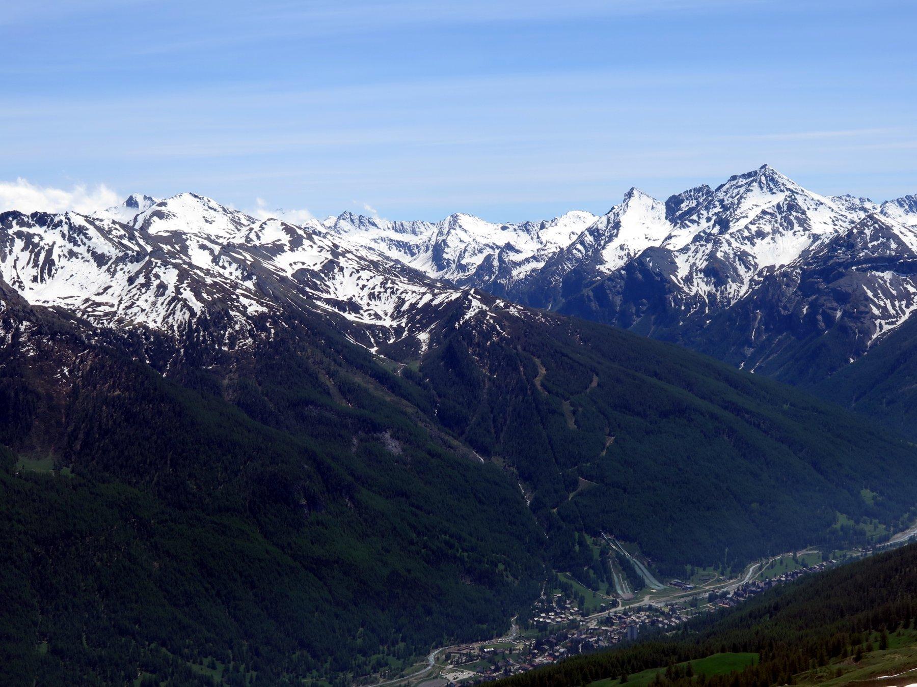 Panorama su Pragelato dalla cima