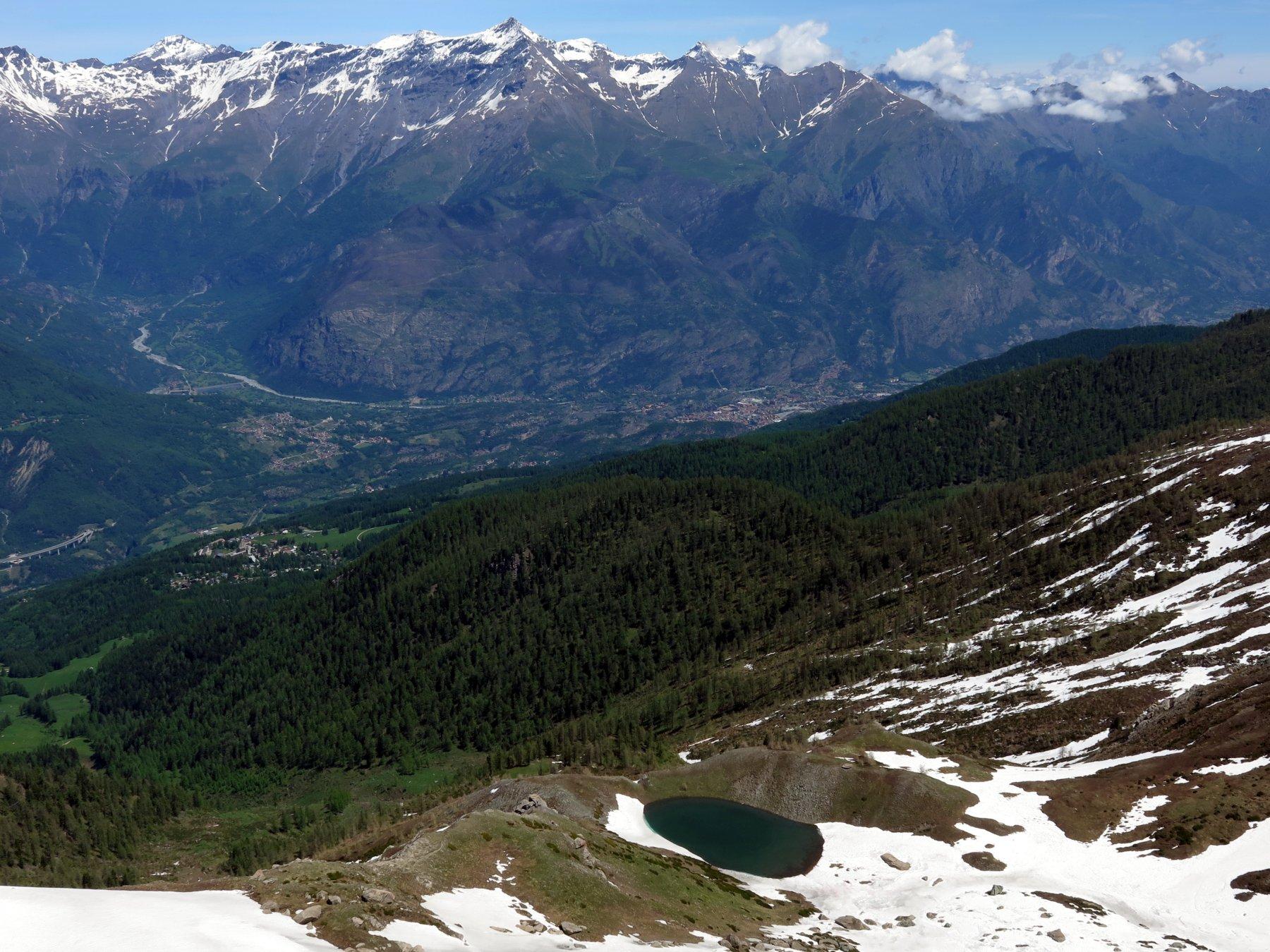 Verso valle, il Lago Piccolo