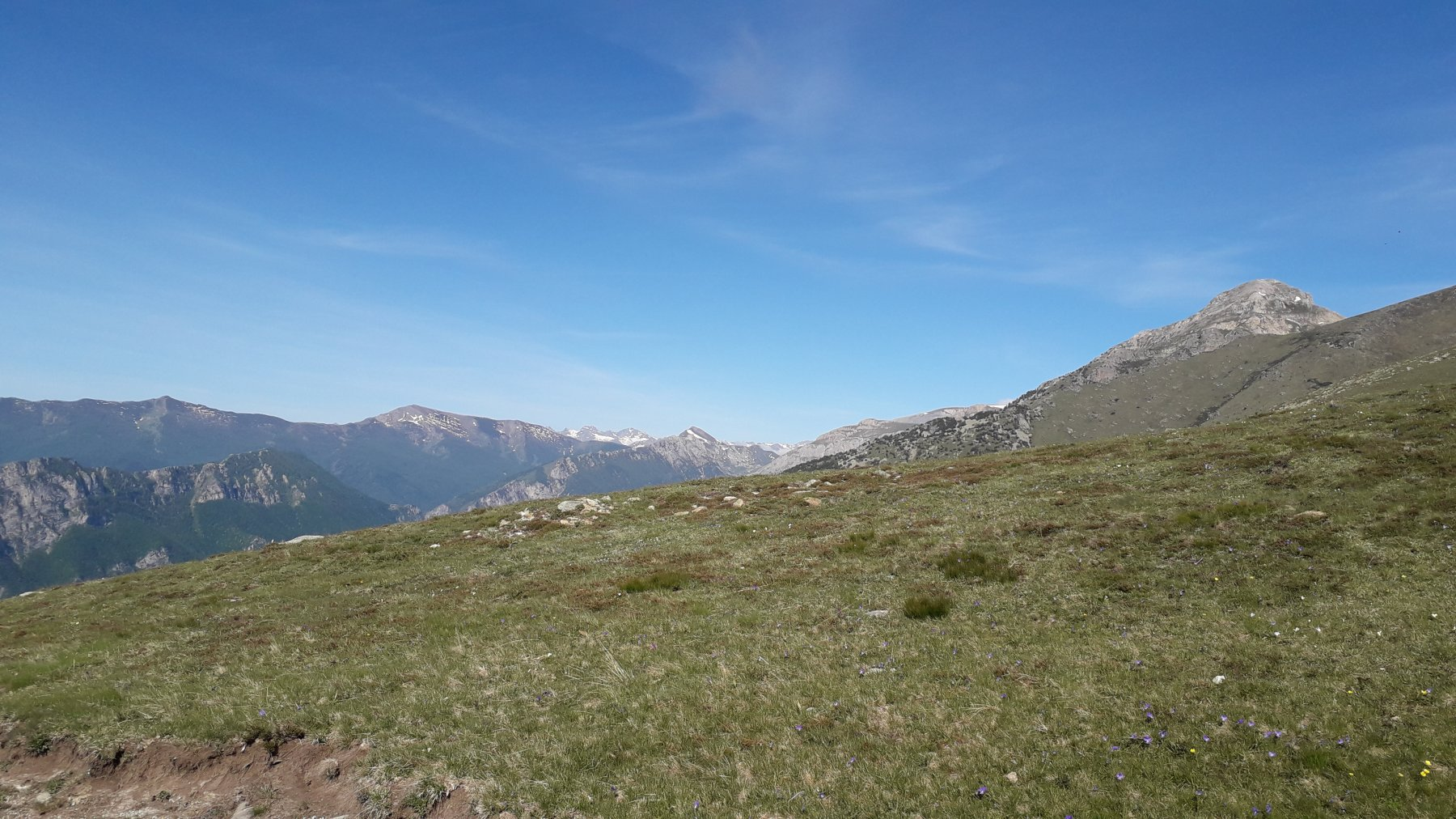 Uno sguardo verso la valle gesso