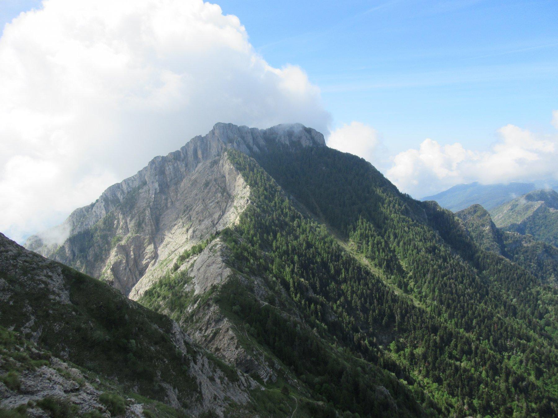 Monte Toraggio e la Cresta Nord.