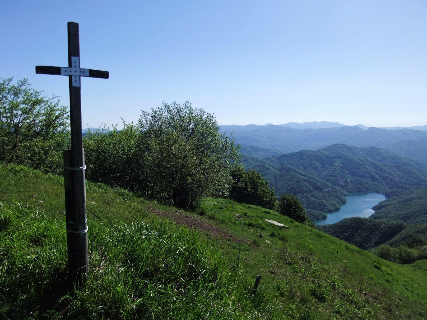 Sulla cima del Monte Prelà