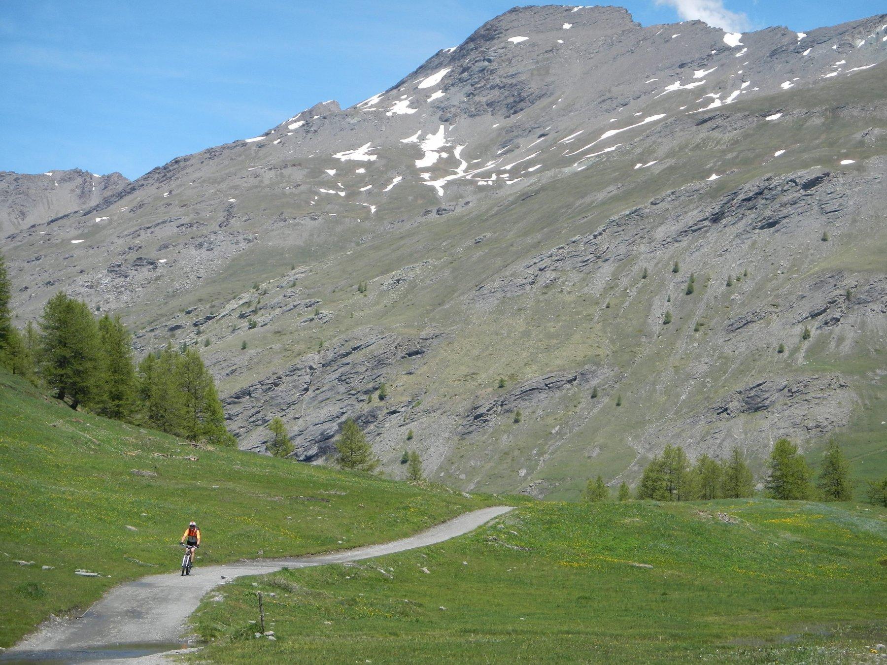 Monte Appenna sullo sfondo