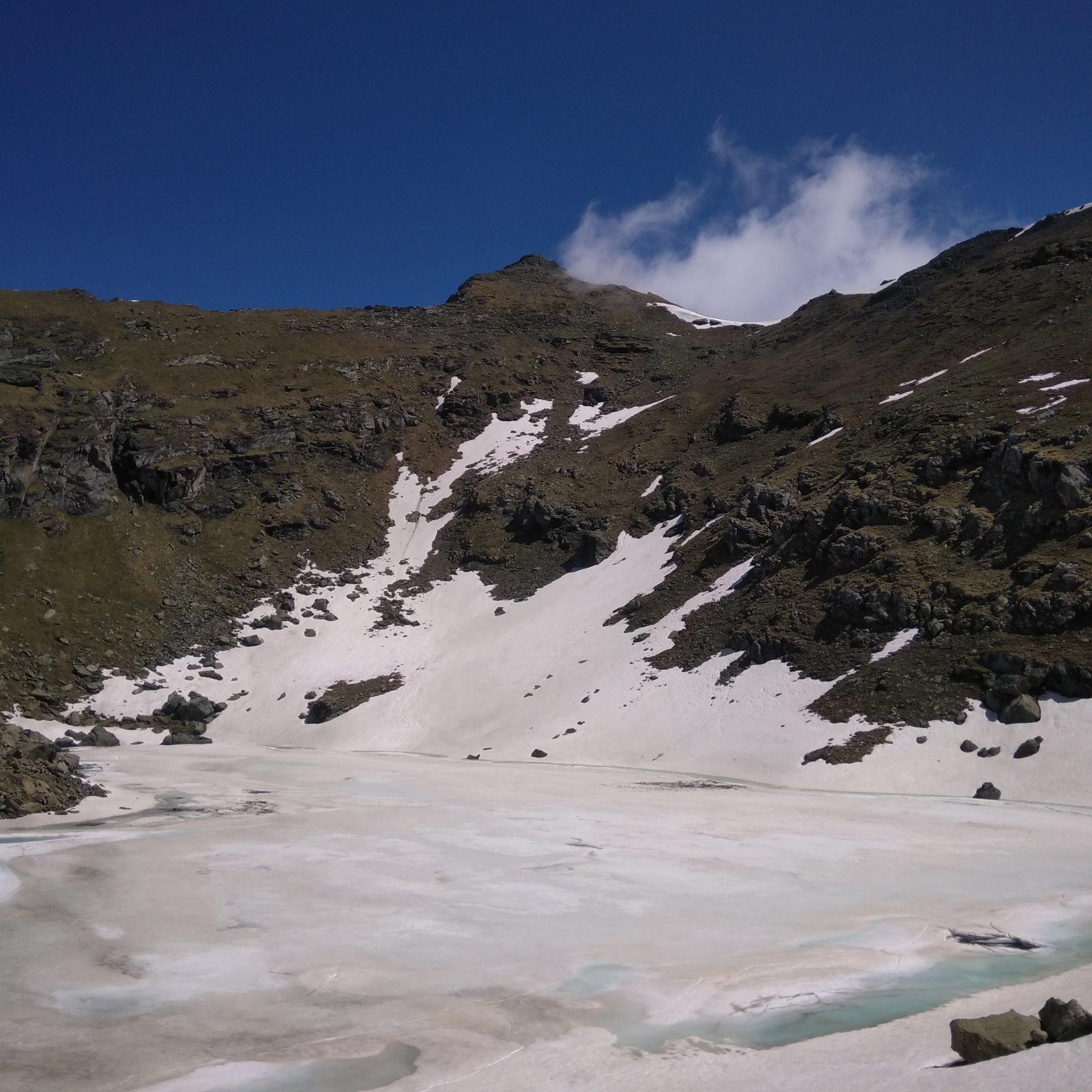 Lago, Rocca Nera e nevai