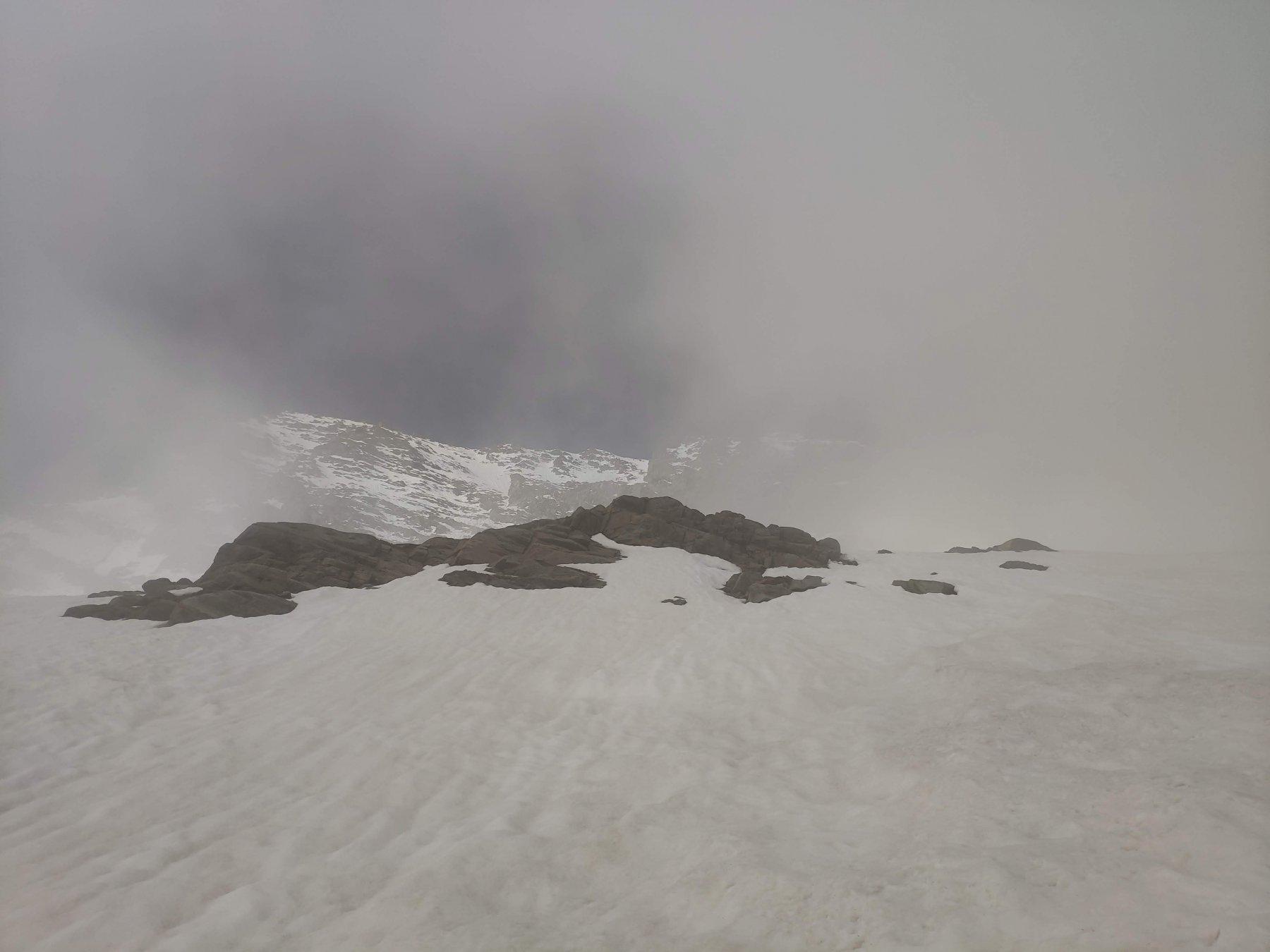 La Levanna Orientale nella nebbia