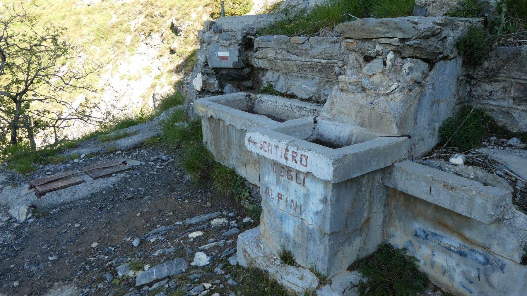 la Fontana Itala, punto di partenza vero e proprio per il Sentiero degli Alpini