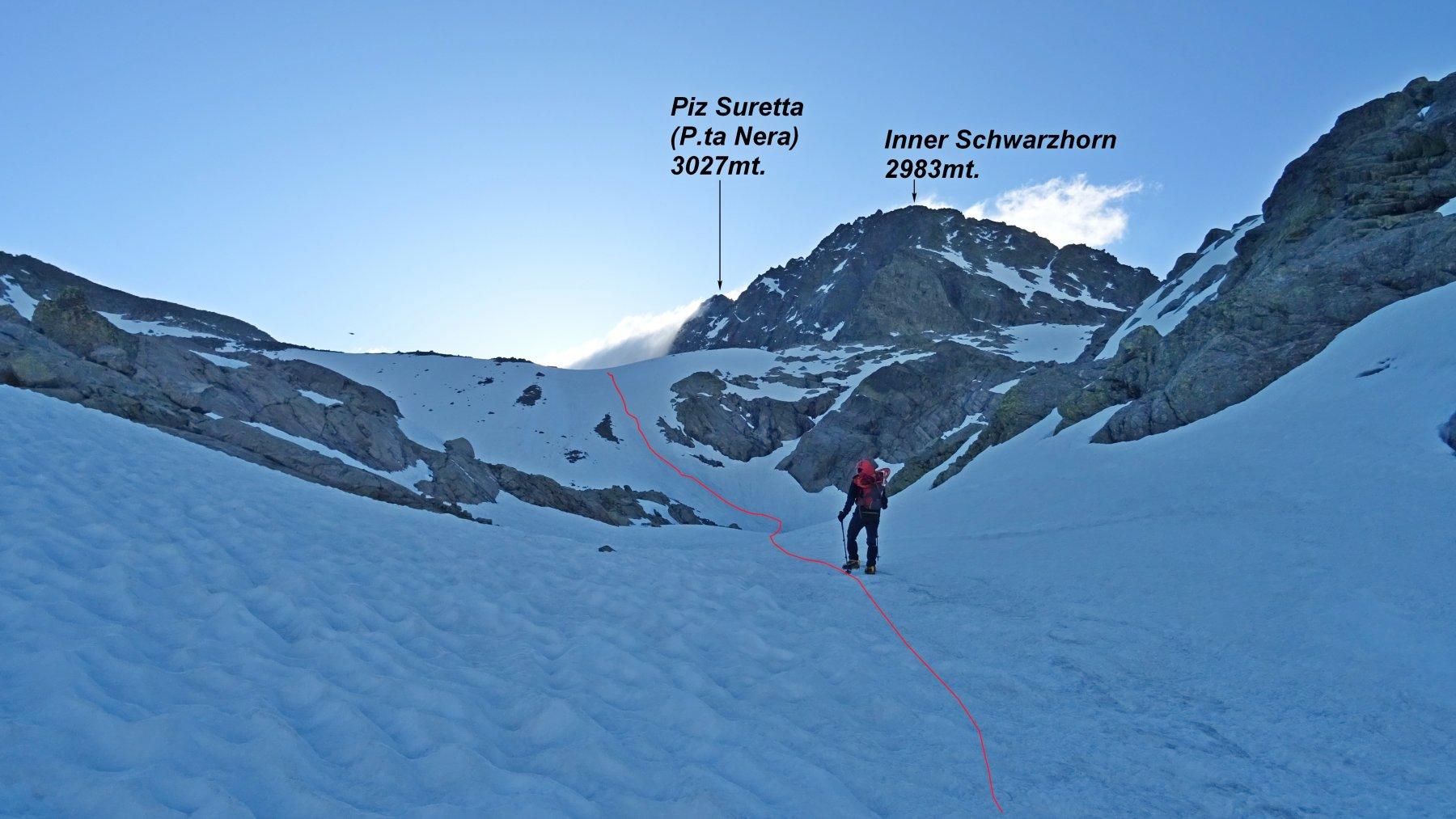 In rosso la traccia del ripido risalto dopo il lago Bergseeli.
