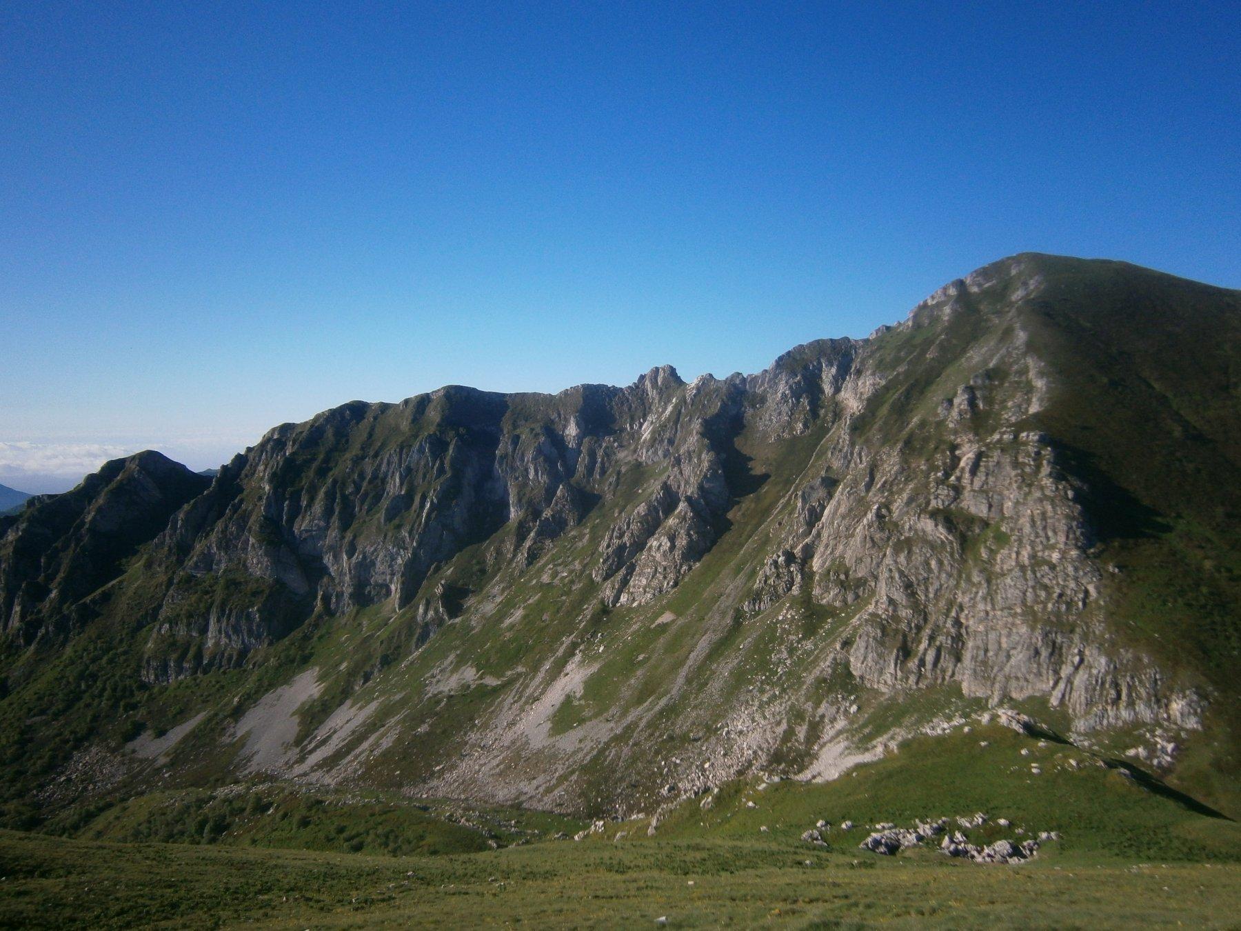 La cresta Est dell'Antoroto