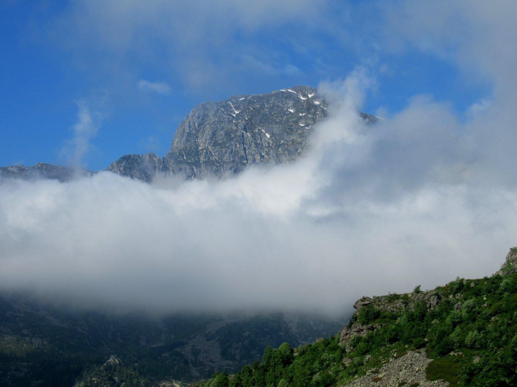 prime nuvole sul Mucrone