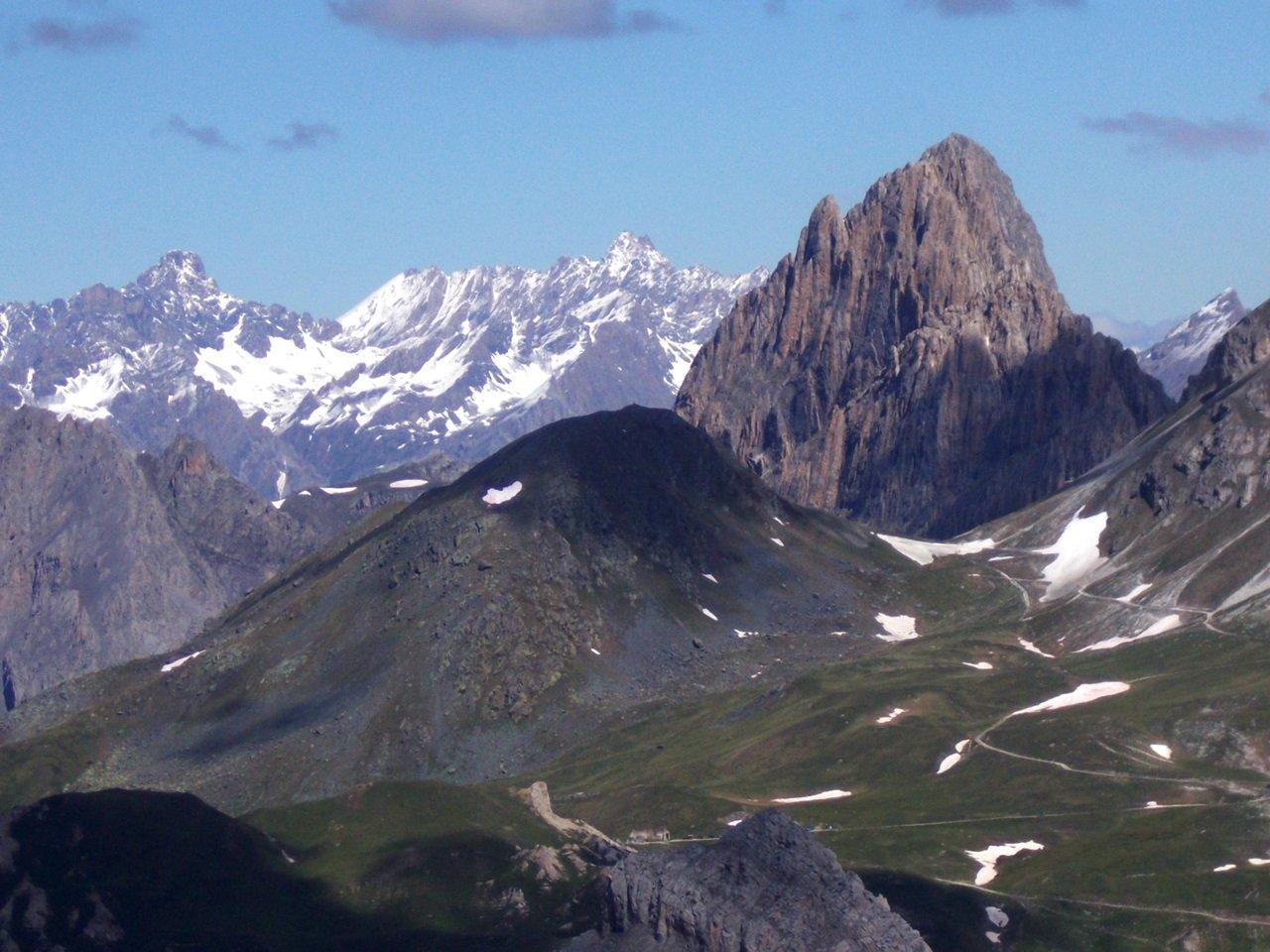 vista su Rocca La Meja e Chambeyron