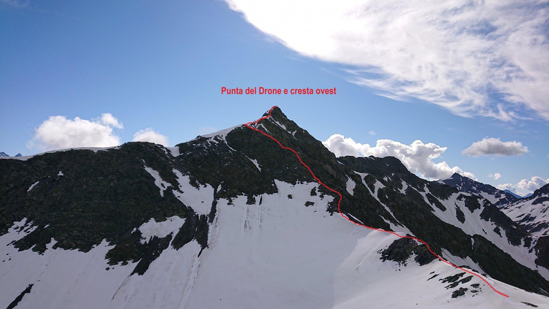 La cresta ovest da risalire del Drone