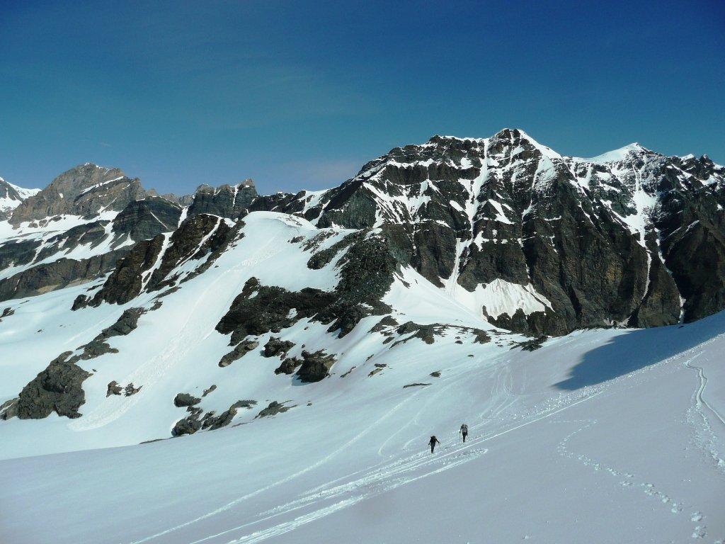 Accesso al ghiacciaio francese in ottime condizioni.