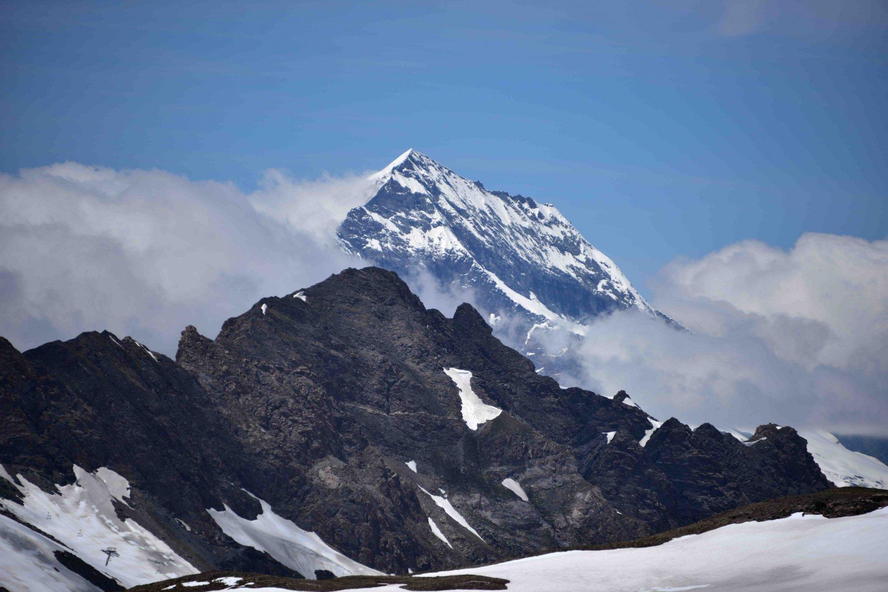 Veduta sul Mont Pourri (m 3779)