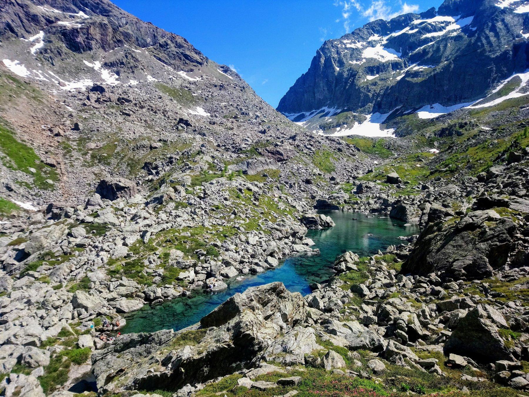 Lago Verde superiore e colle Paschiet sullo sfondo