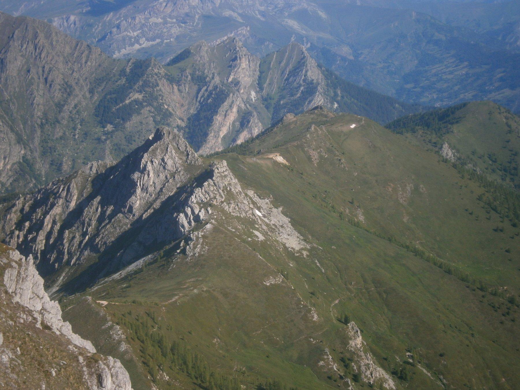 Lì sotto, la rocca dell'Aquila