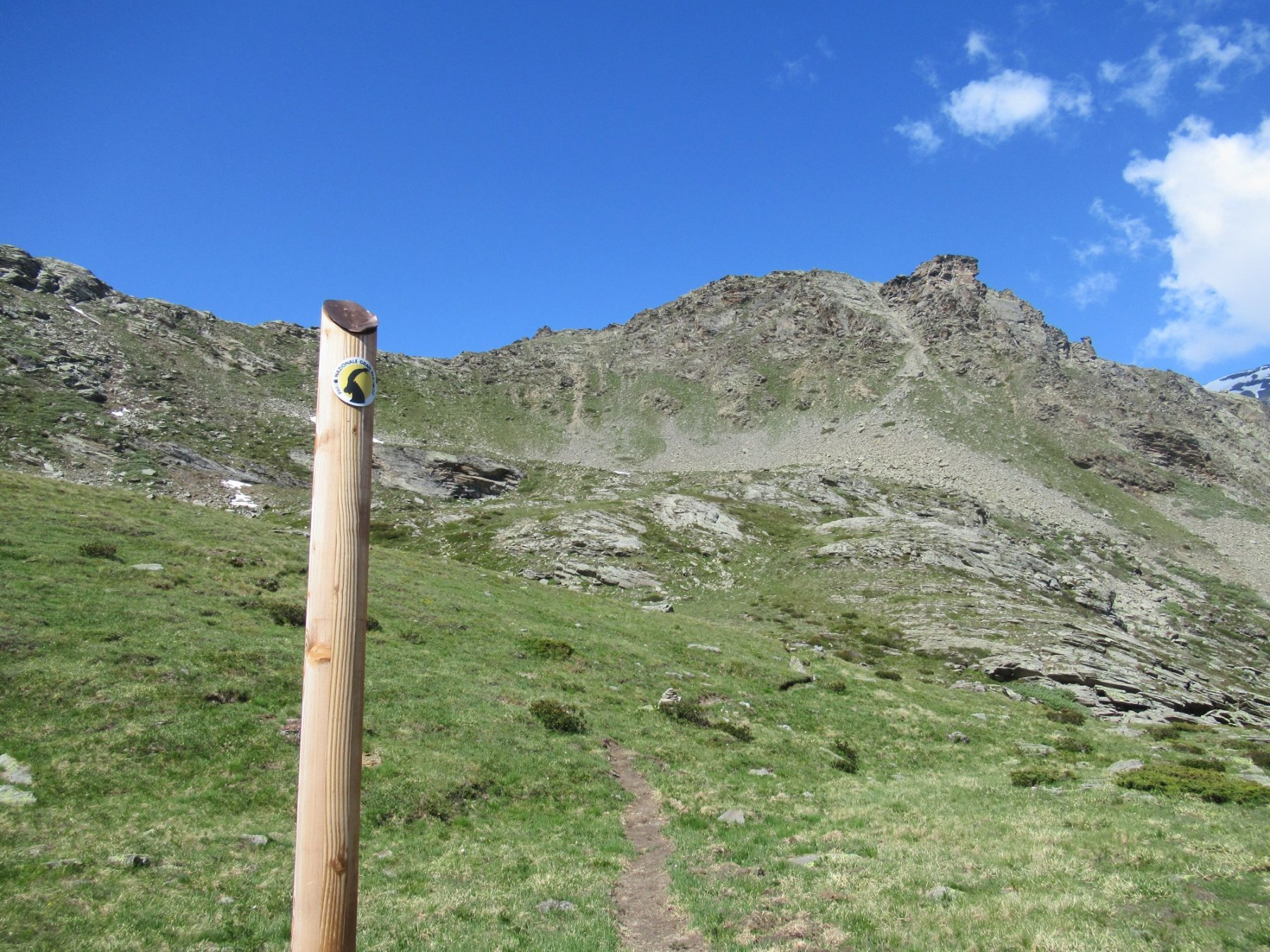 Paletto dove parte a destra il sentiero per il colletto