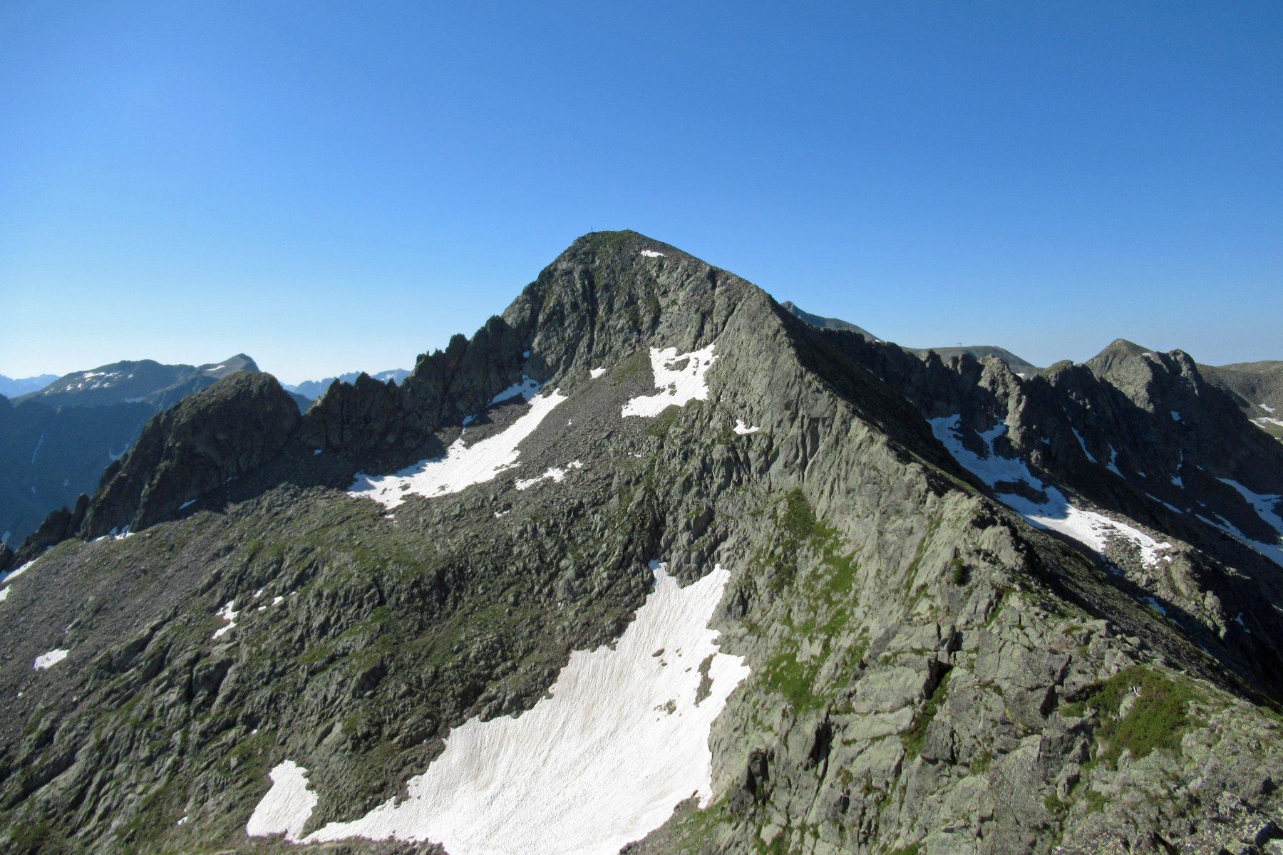 La rocca di San Bernolfo vista dalla Guglia