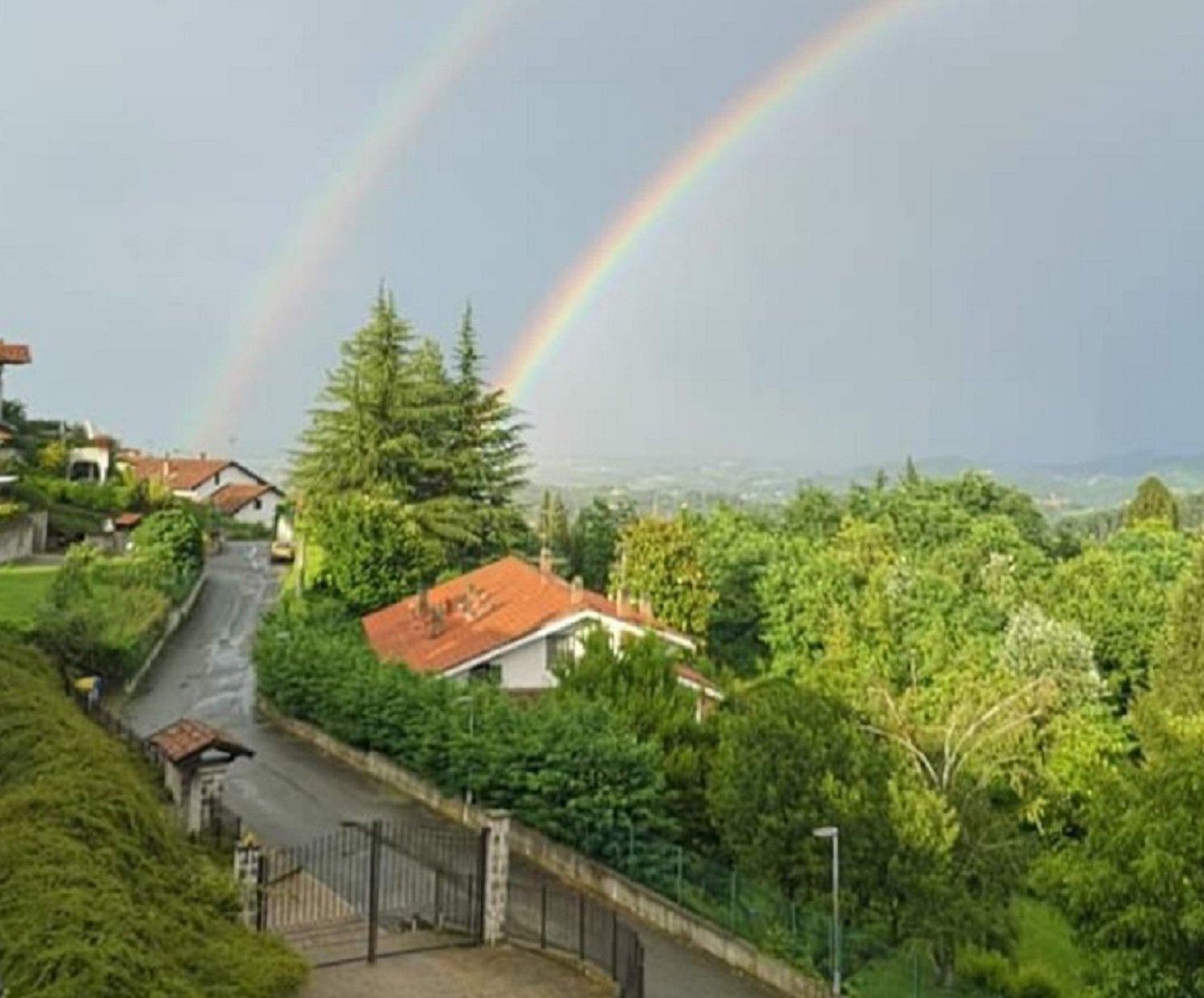 il doppio arcobaleno visto da Castagneto Po